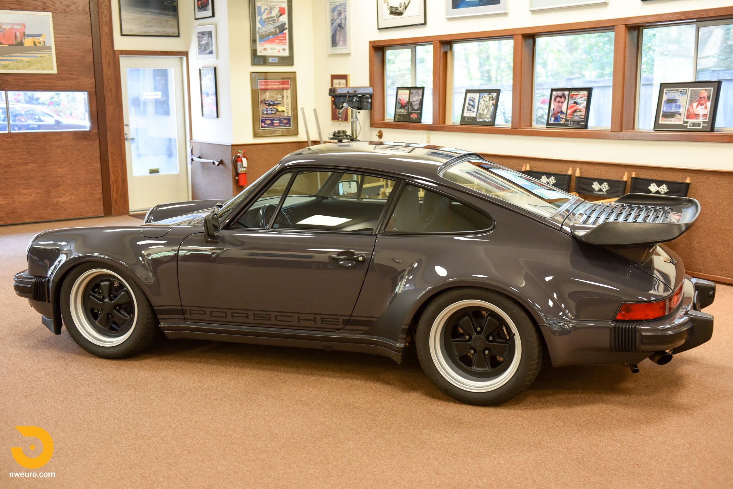 1985 Porsche 930-2.jpg