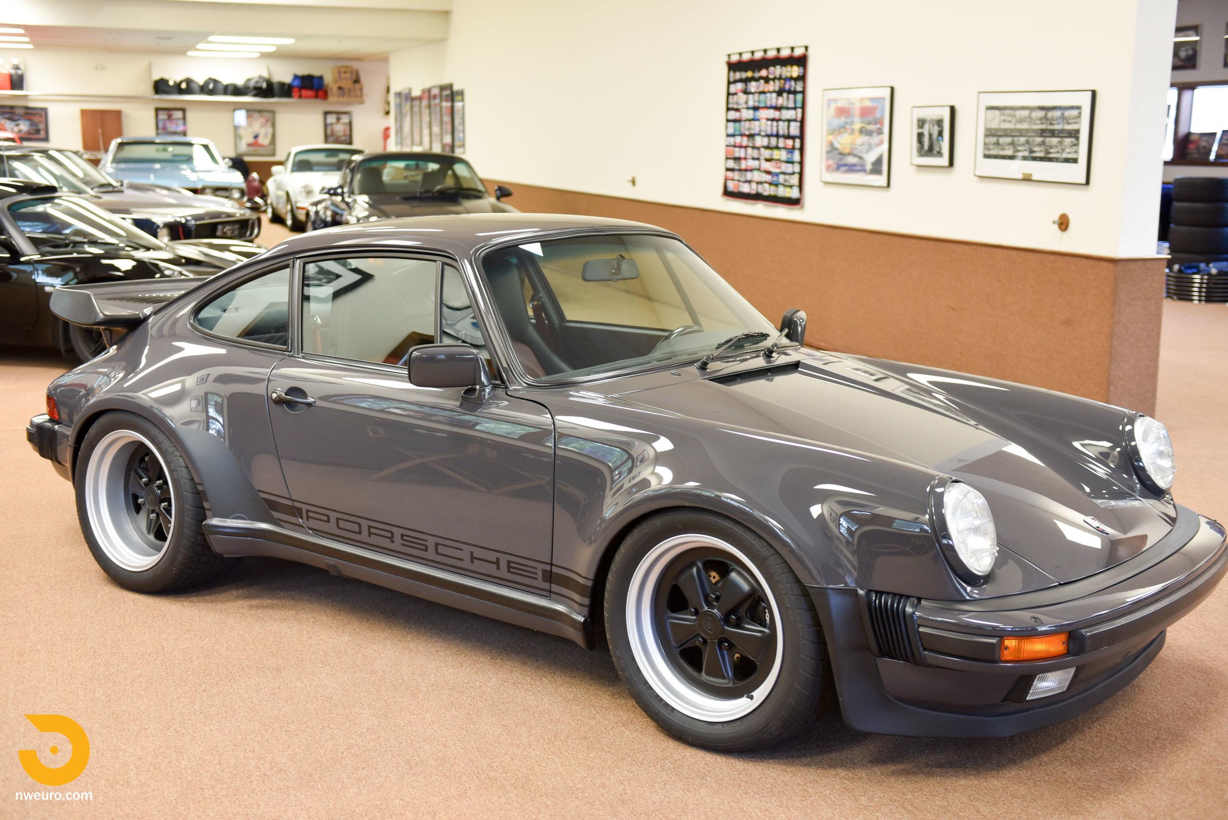 1985 Porsche 930-4.jpg