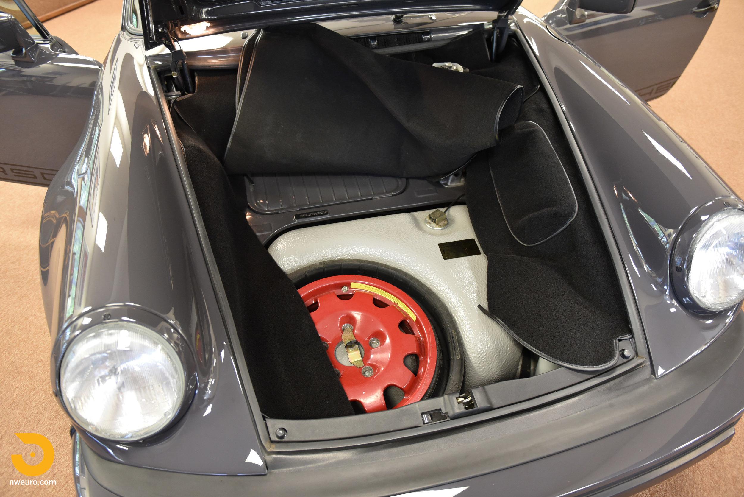 1985 Porsche 930-15.jpg