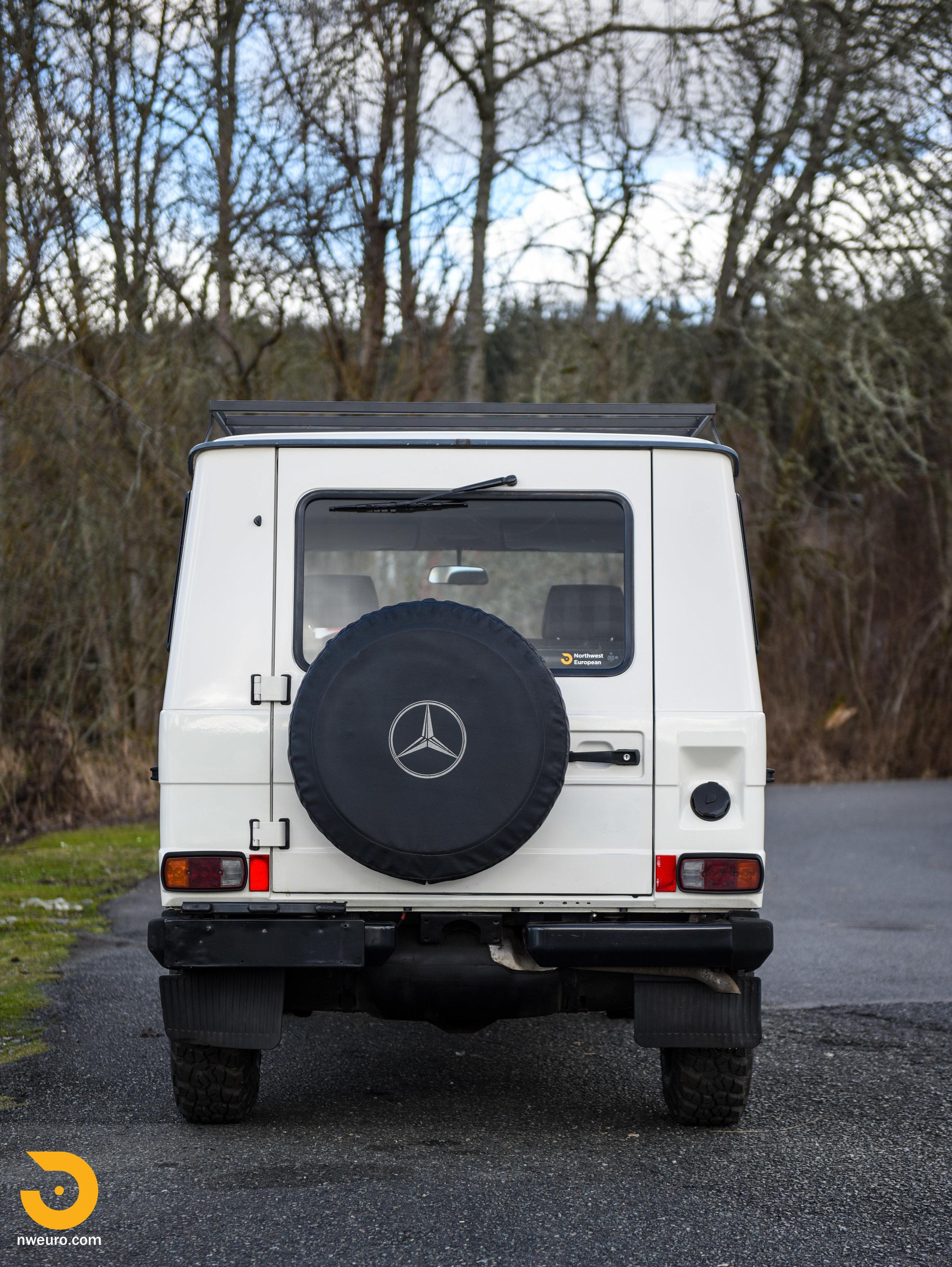 1981 Mercedes-Benz 300GD-5.jpg