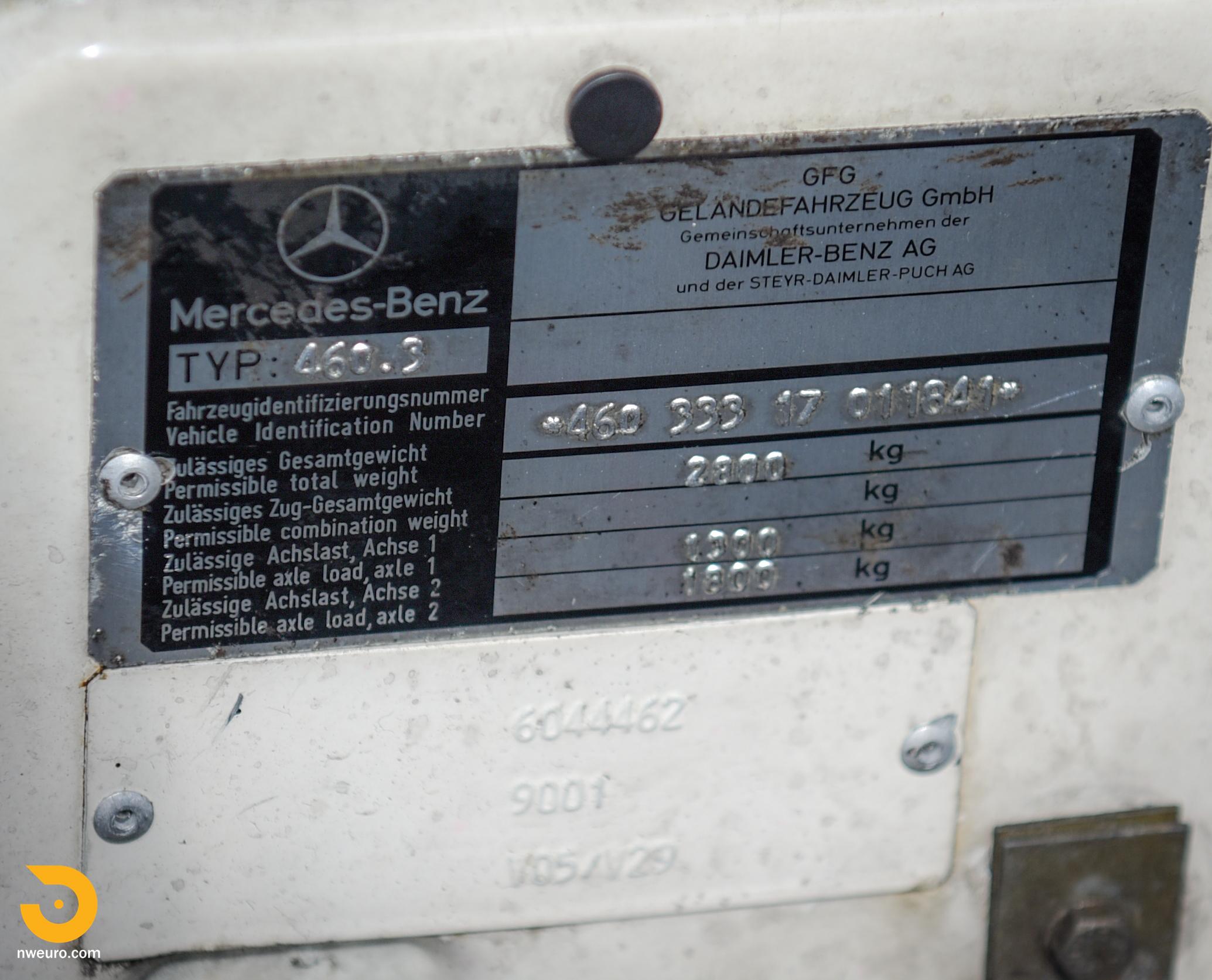 1981 Mercedes-Benz 300GD-41.jpg