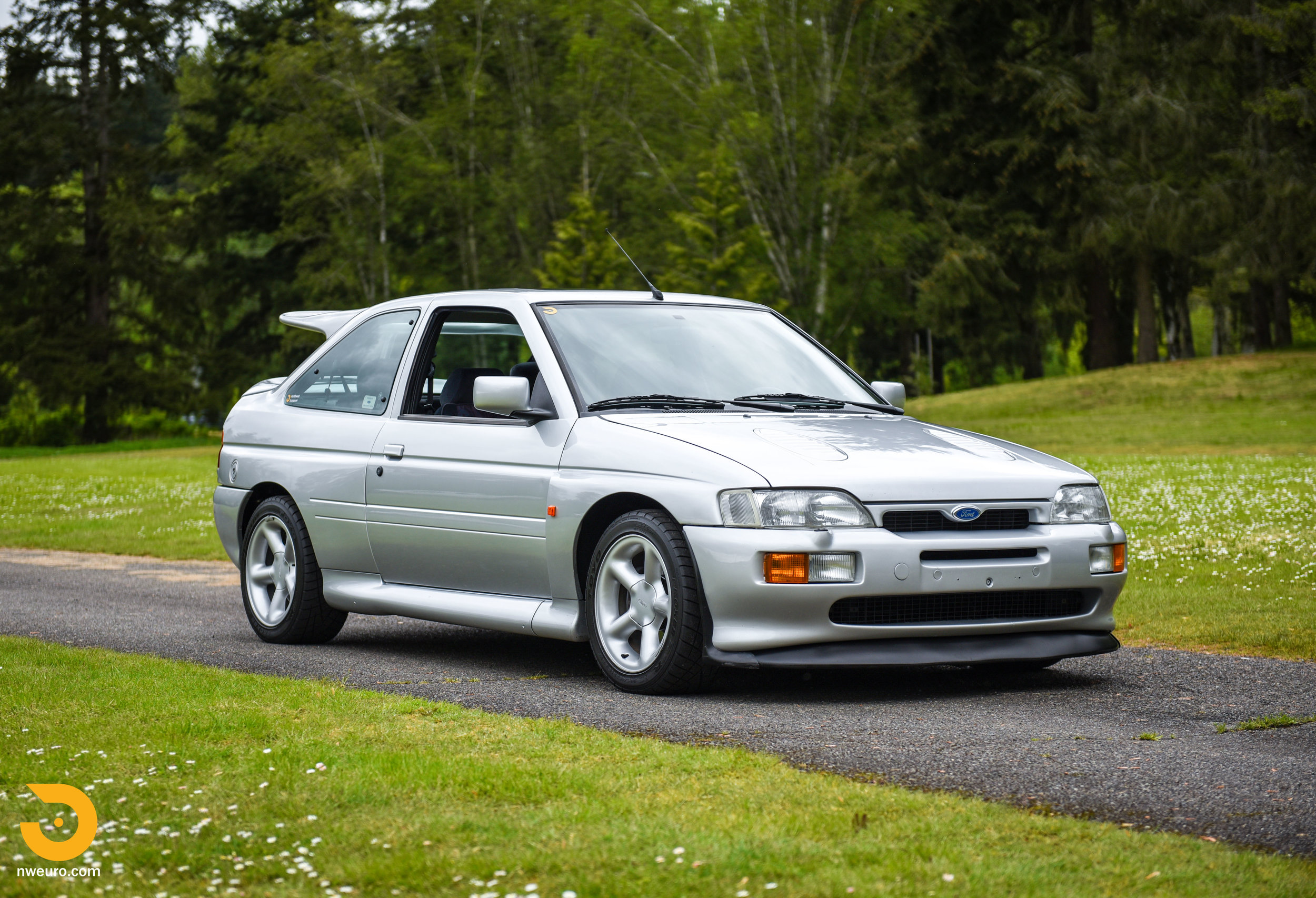 1995 Ford Escort Cosworth RS Silver-9.jpg