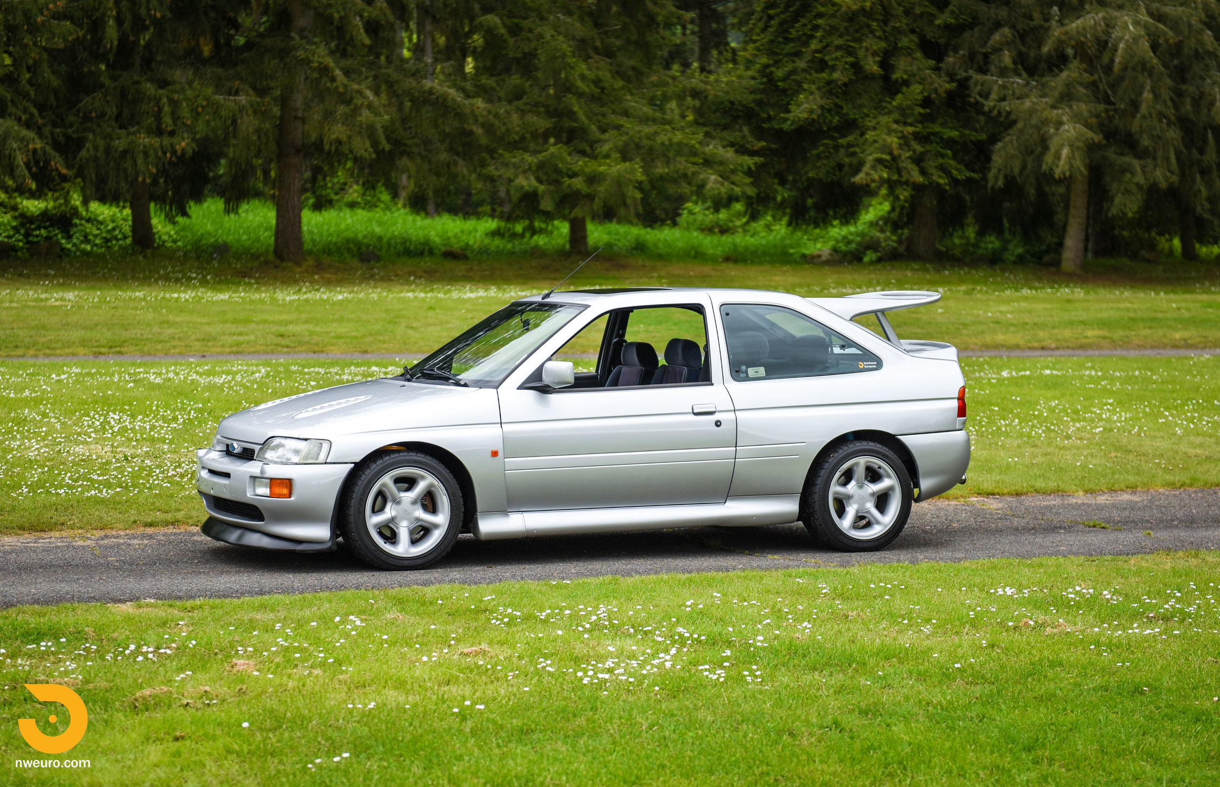 1995 Ford Escort Cosworth RS Silver-13.jpg