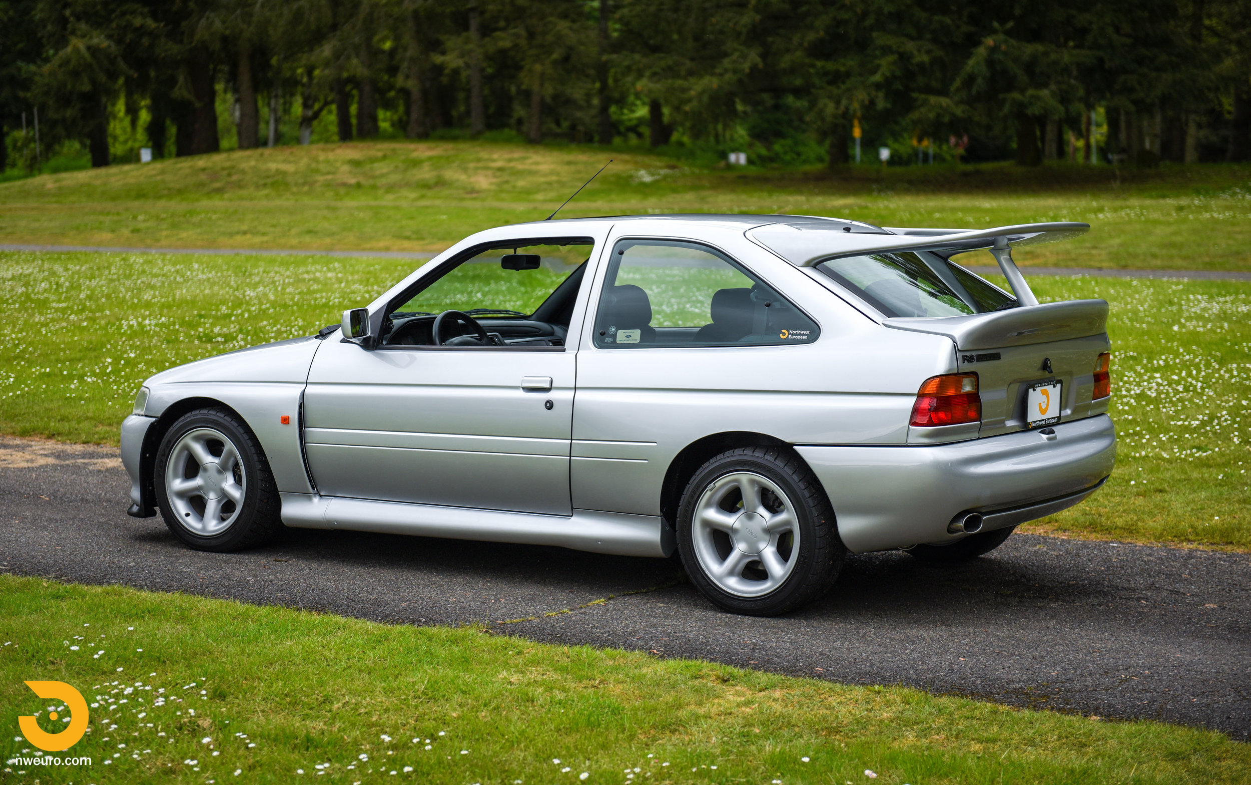 1995 Ford Escort Cosworth RS Silver-17.jpg