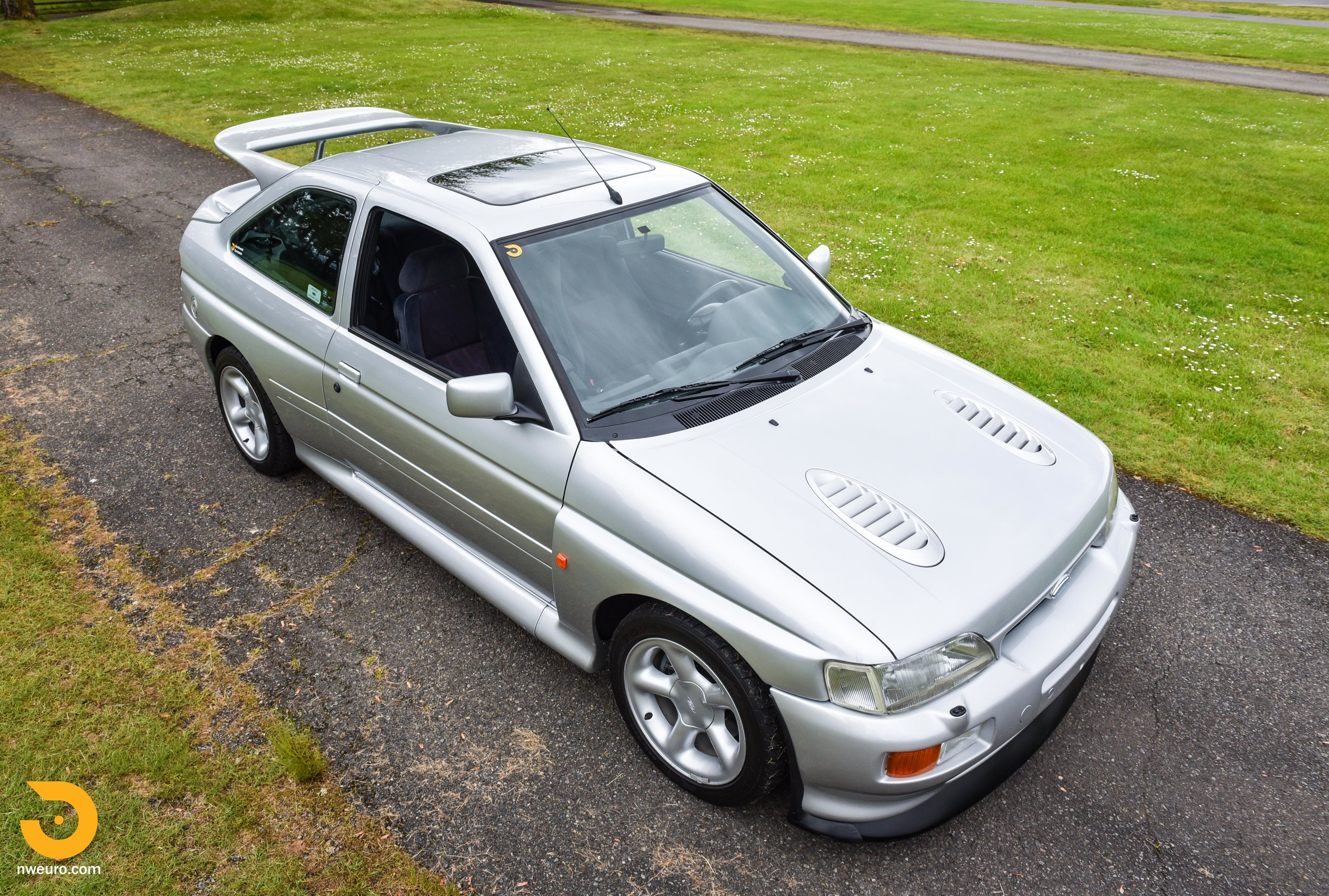 1995 Ford Escort Cosworth RS Silver-64.jpg