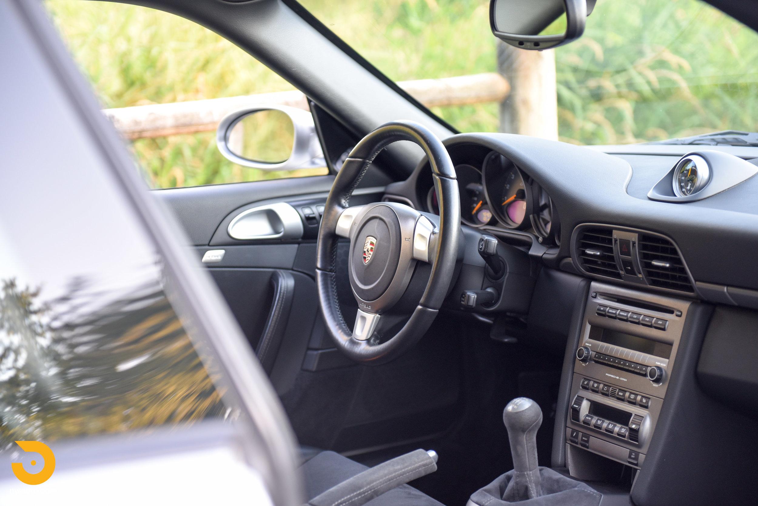 2007 Porsche GT3-7.jpg