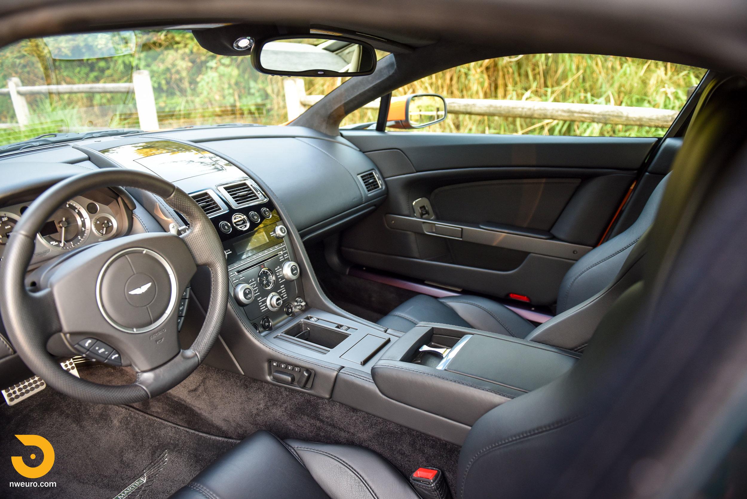 2009 Aston Martin V8 Vantage-36.jpg