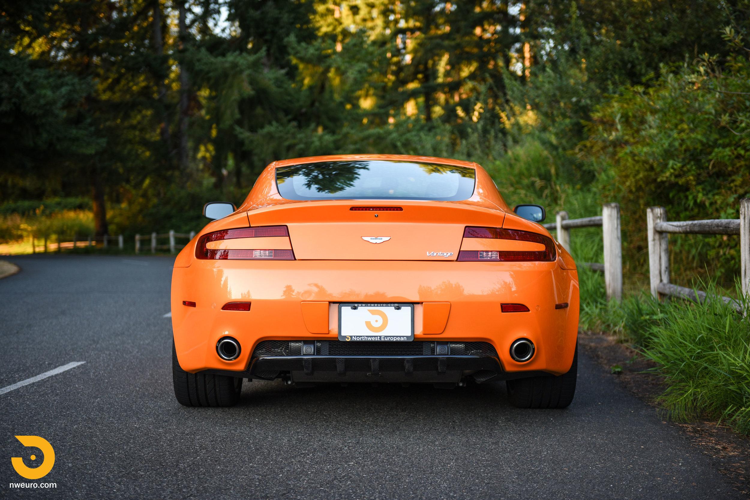 2009 Aston Martin V8 Vantage-45.jpg