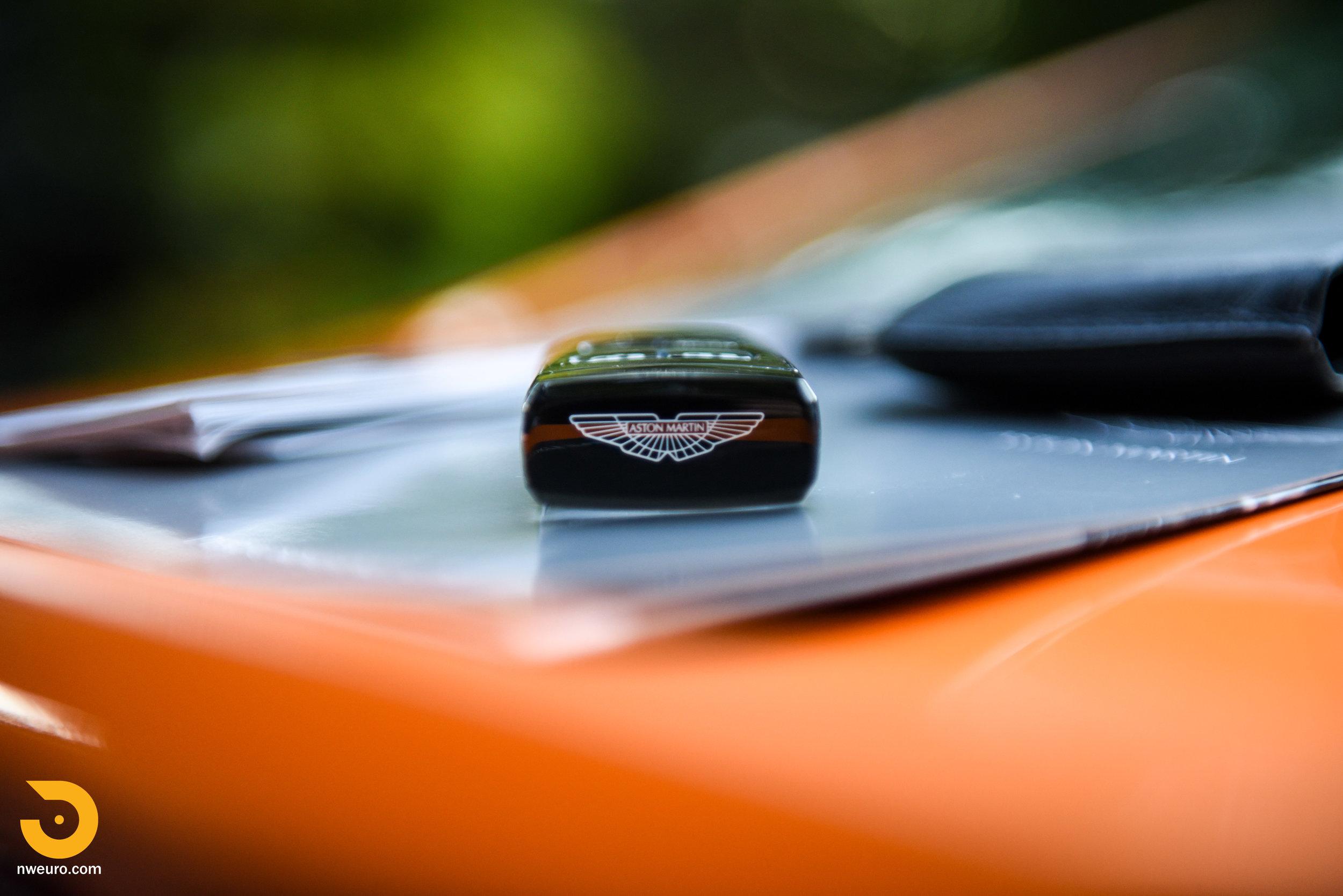 2009 Aston Martin V8 Vantage-53.jpg
