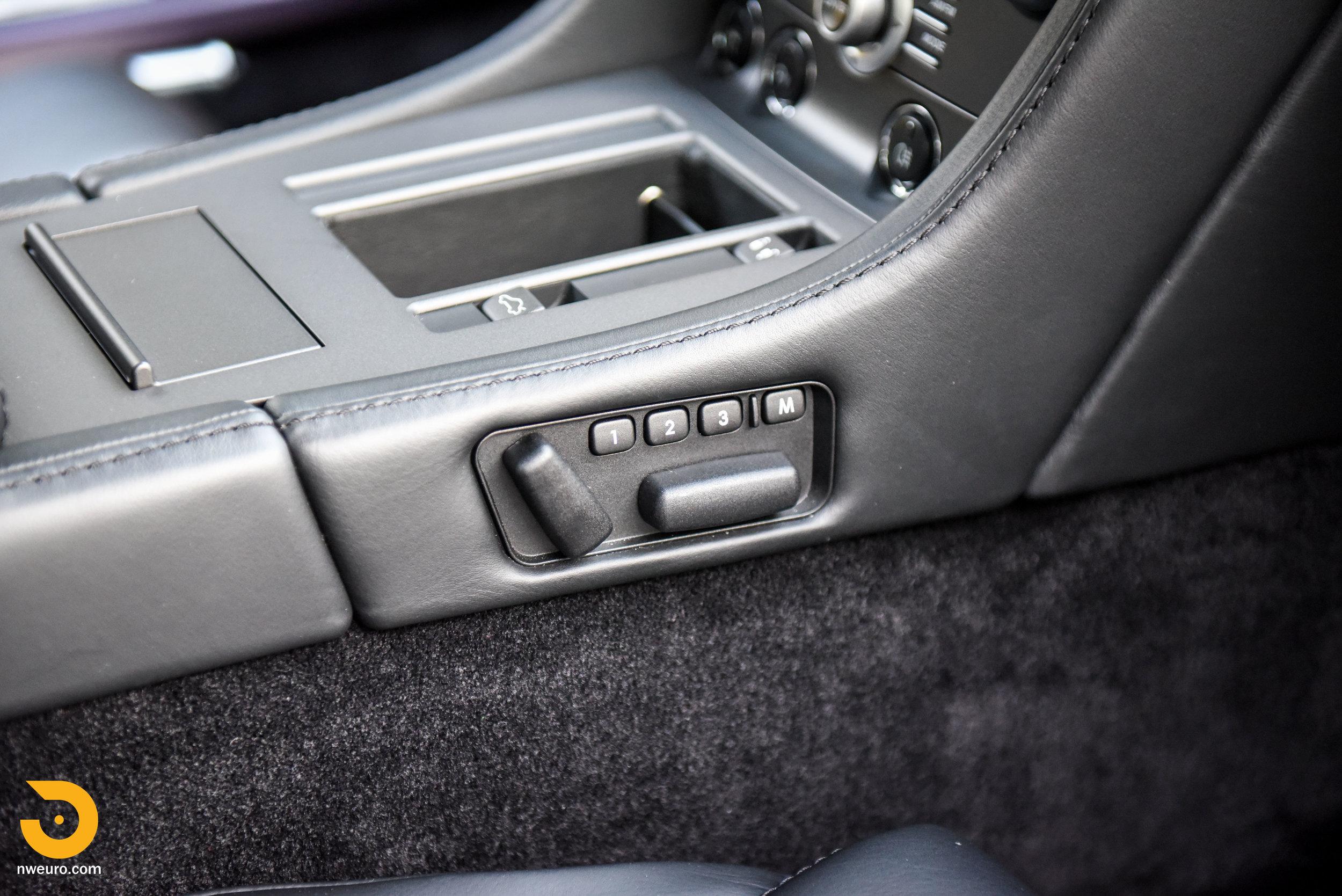 2009 Aston Martin V8 Vantage-52.jpg