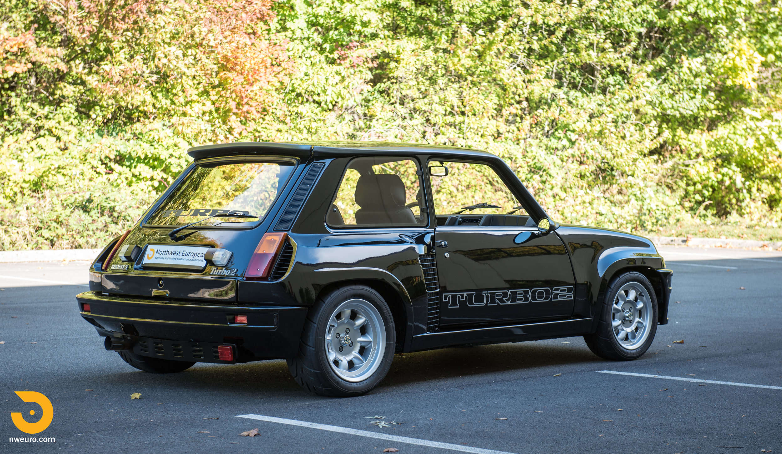 1983 Renault R5 Turbo 2 Black-34.jpg