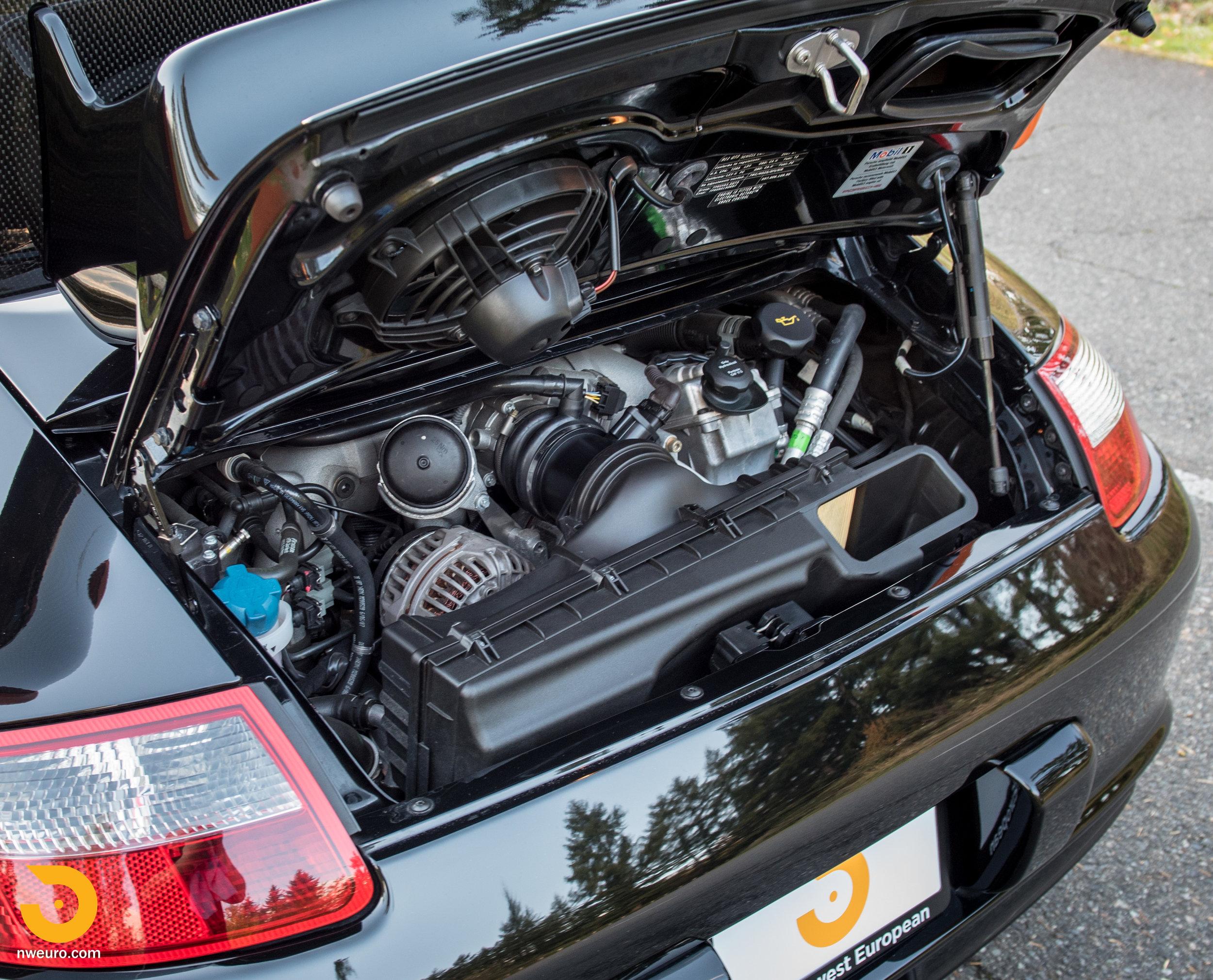 2007 Porsche GT3 RS-10.jpg