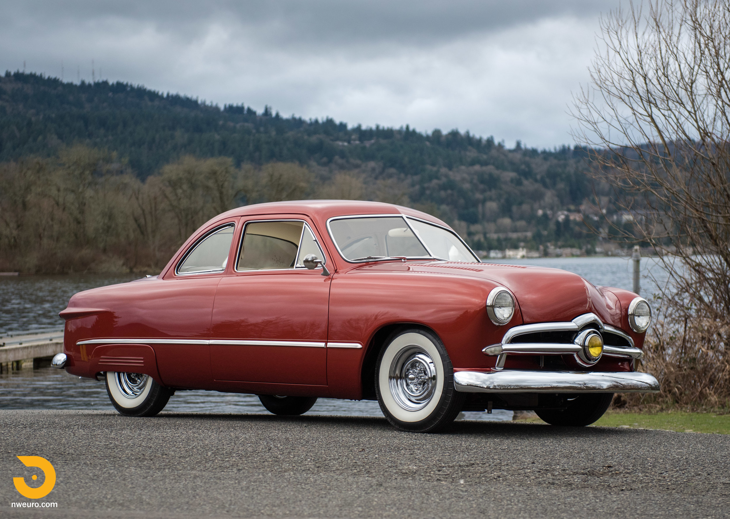 1949 Ford Custom Club Coupe-72.jpg