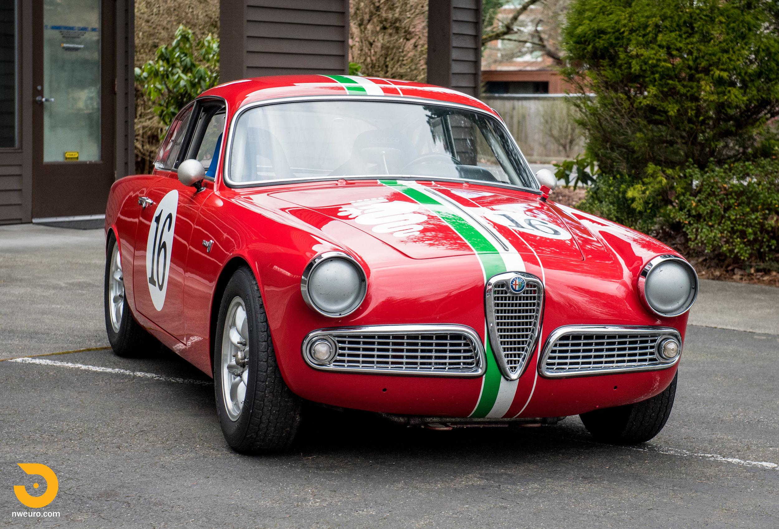 1963 Alfa Romeo Giulia Sprint 1600-12.jpg