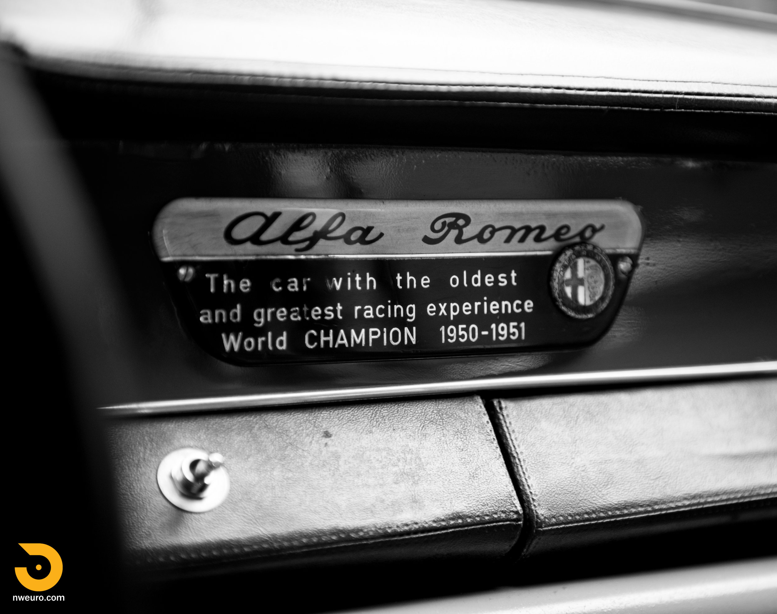 1963 Alfa Romeo Giulia Sprint 1600-56.jpg