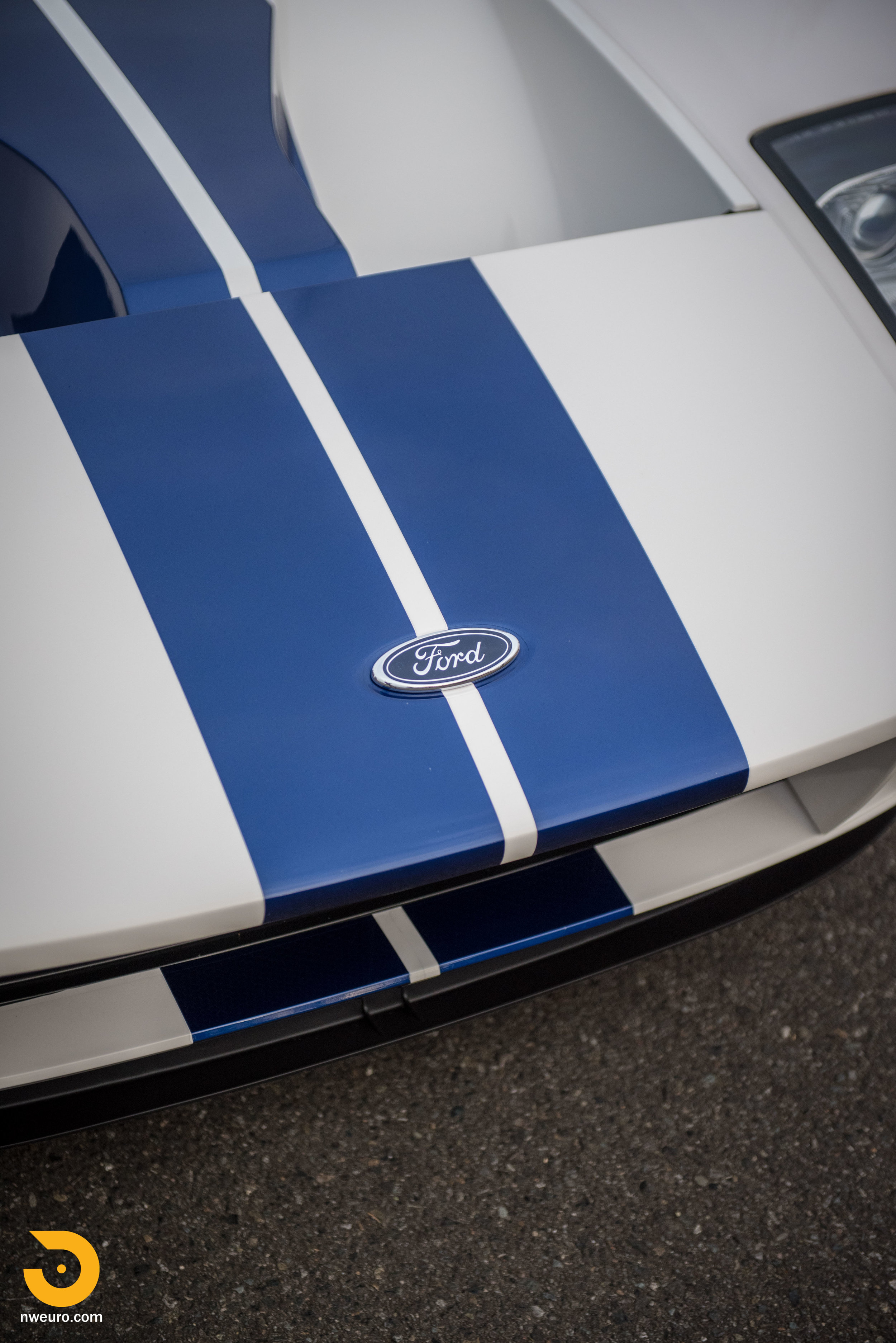 2005 Ford GT-7.jpg