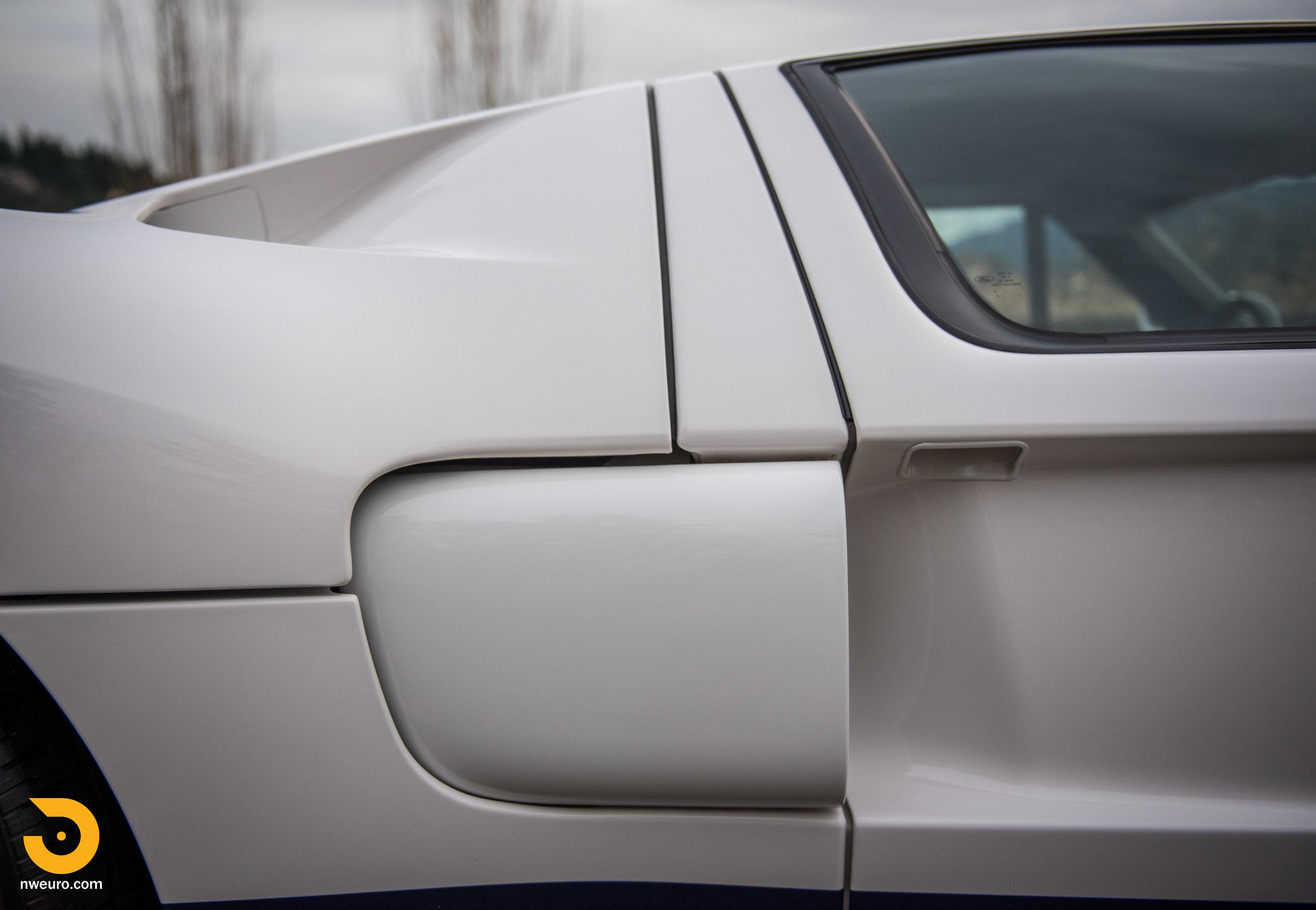 2005 Ford GT-10.jpg