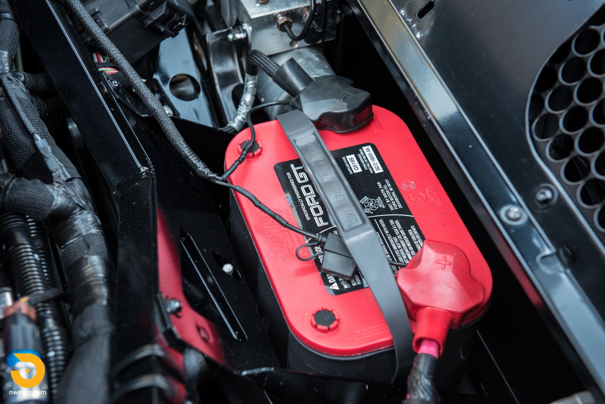 2006 Ford GT-68.jpg