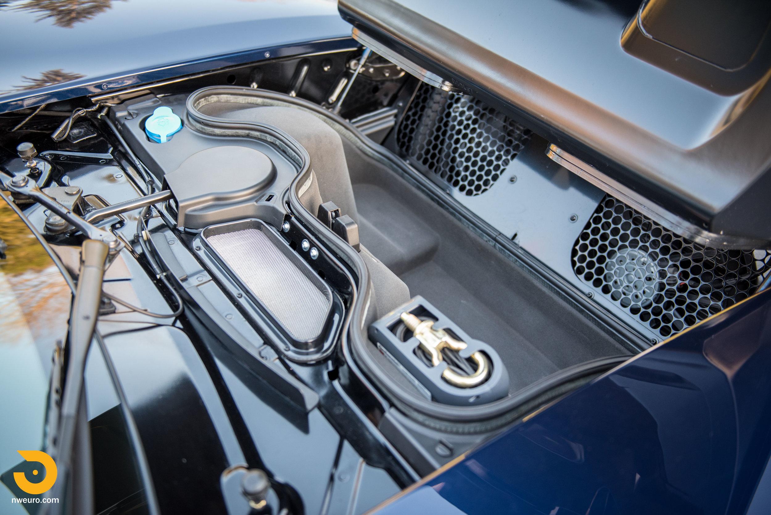 2006 Ford GT-74.jpg