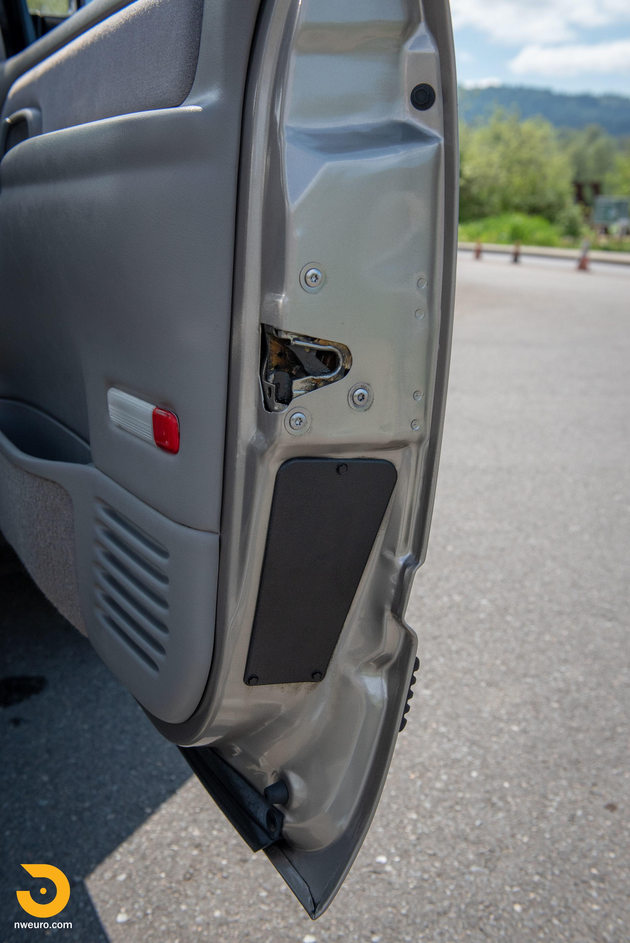 1998 Chevrolet Tahoe LS9-28.jpg