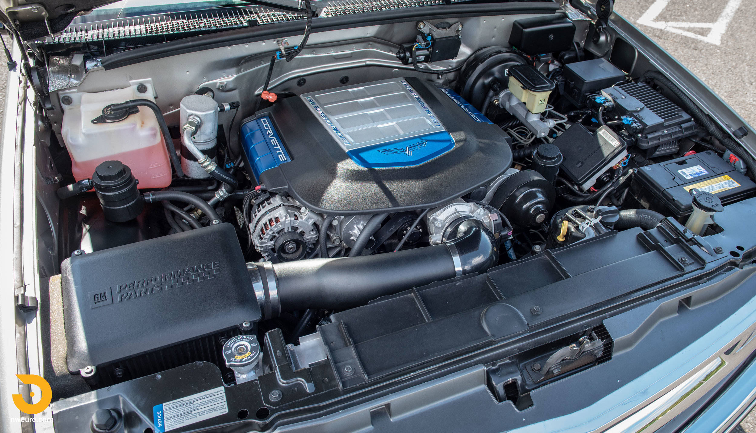 1998 Chevrolet Tahoe LS9-59.jpg