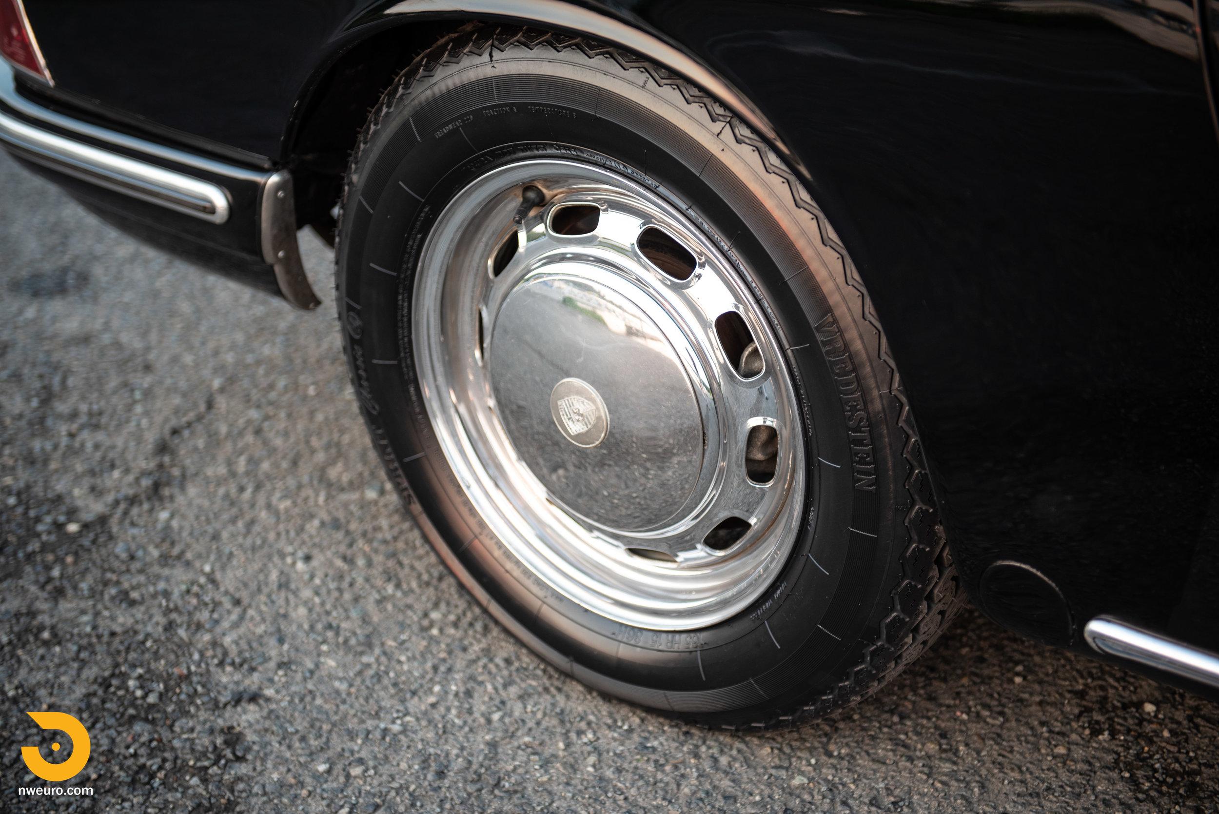 1966 Porsche 911-63.jpg