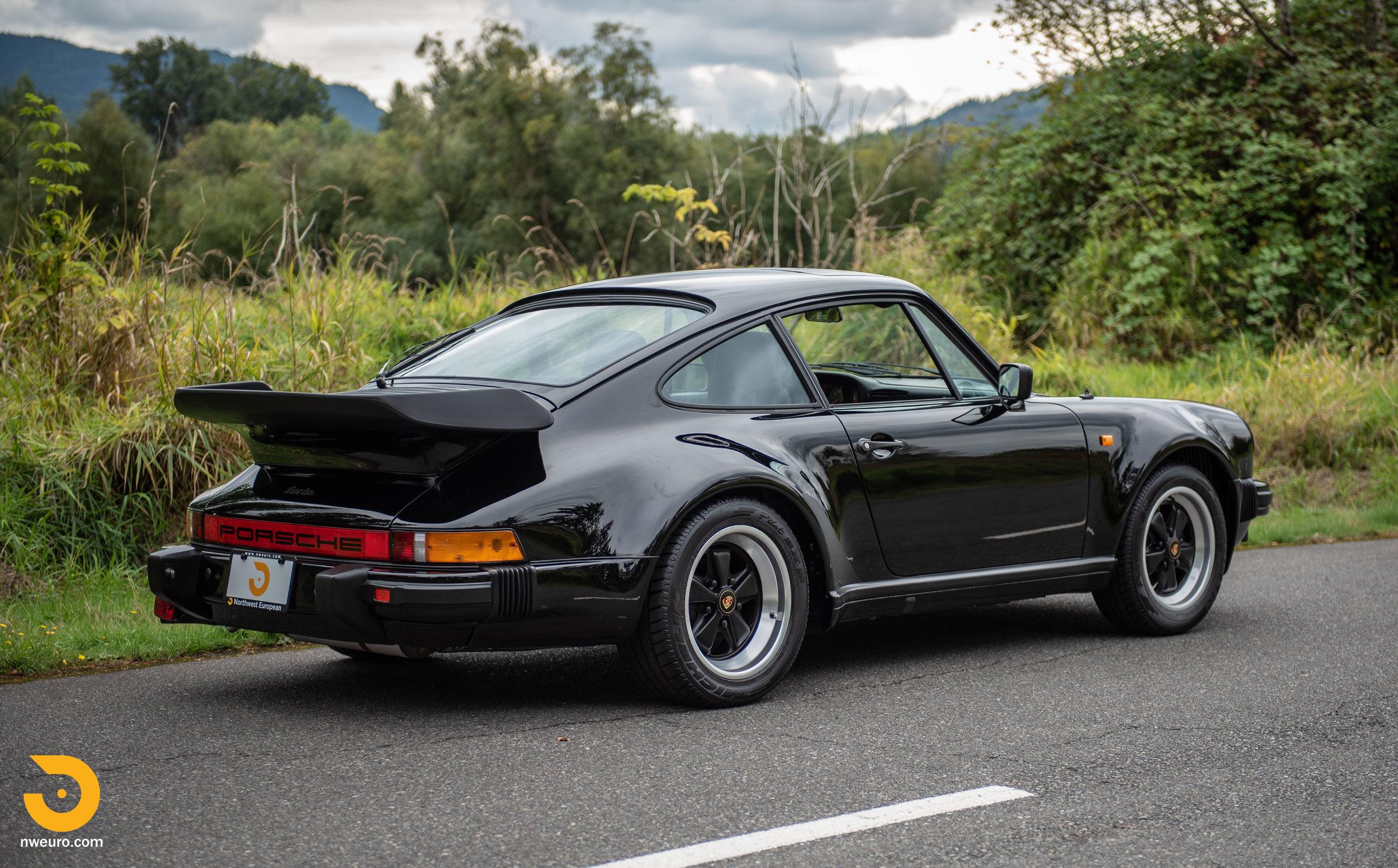 1983 Porsche 930-3.jpg