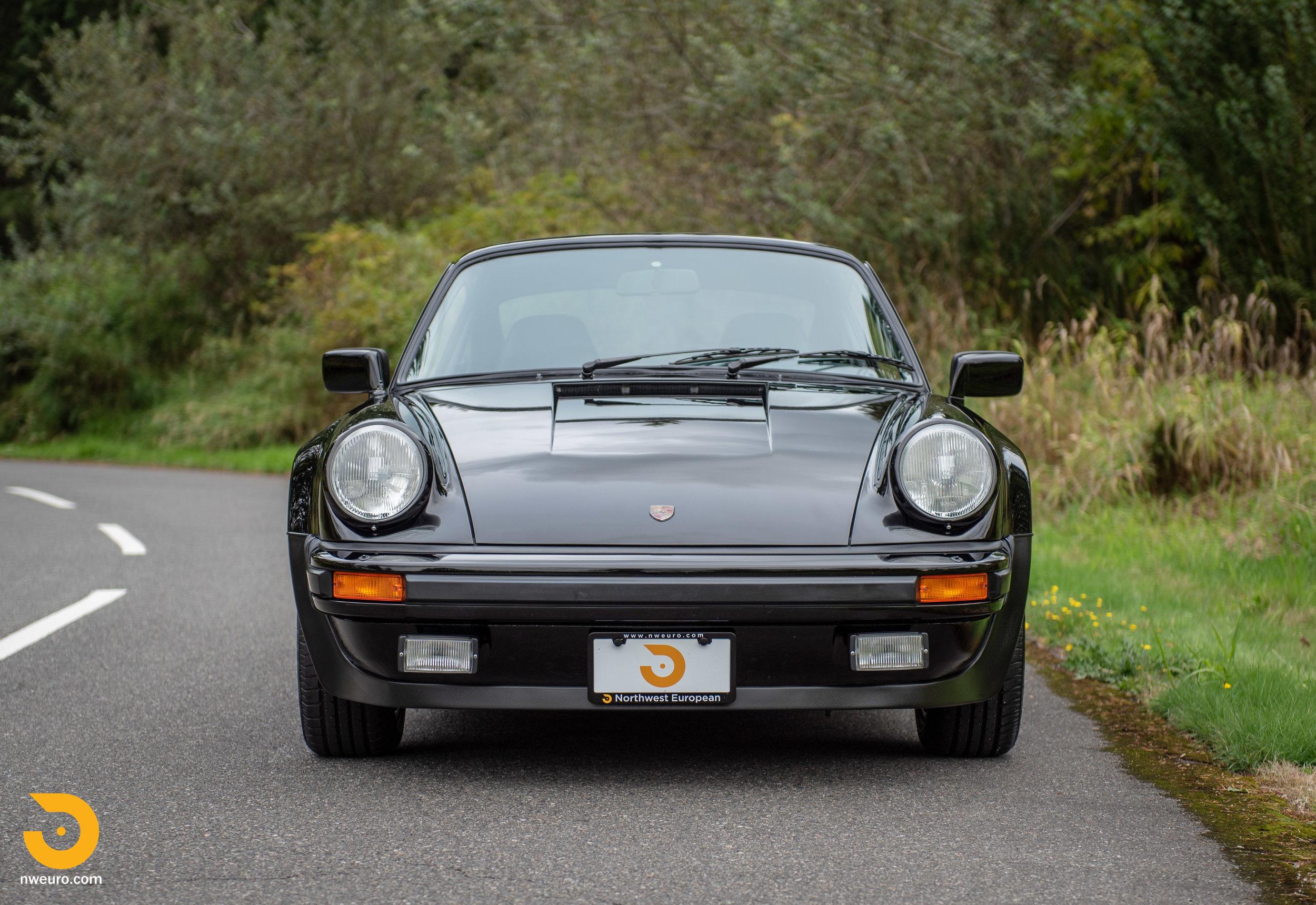 1983 Porsche 930-6.jpg