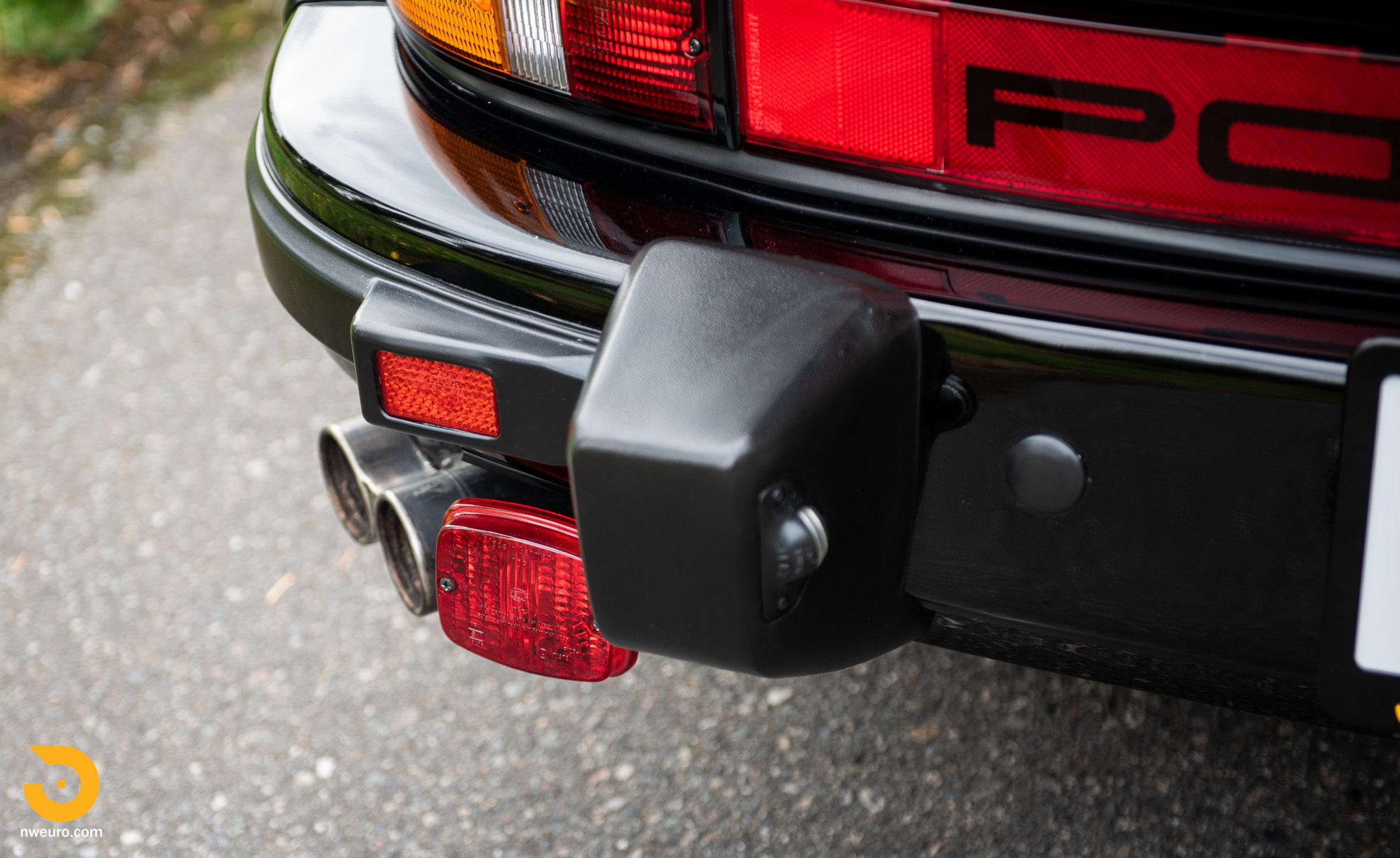 1983 Porsche 930-16.jpg