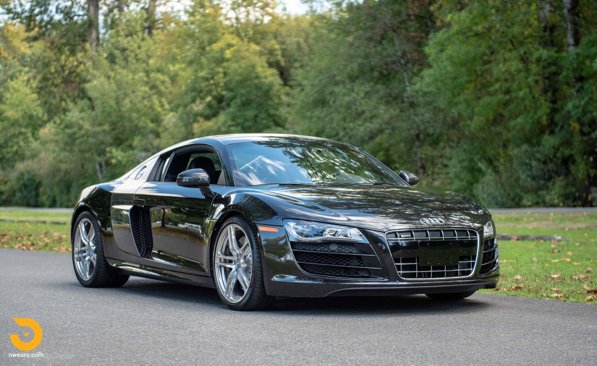 2010 Audi R8 V10-8.jpg