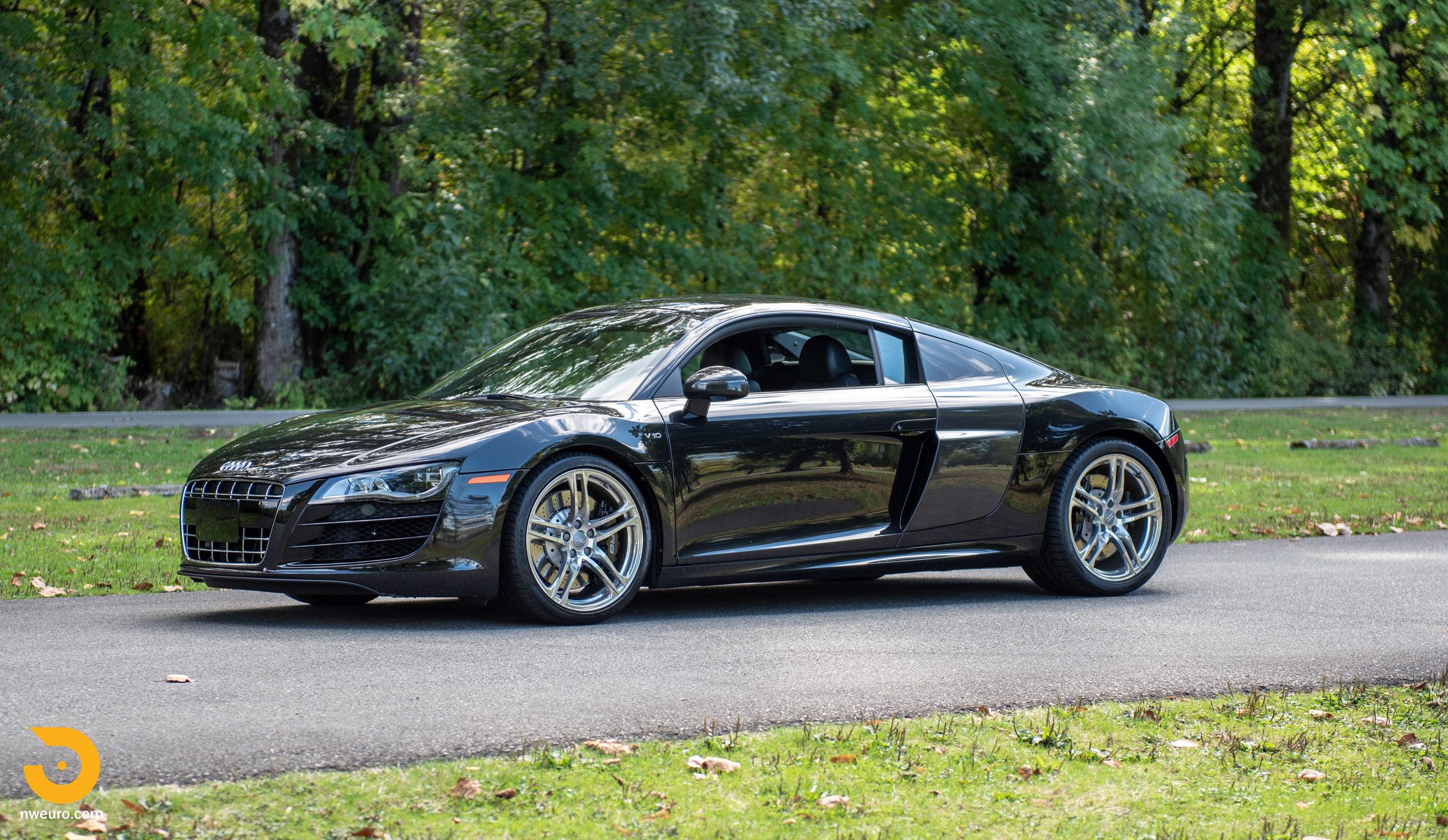 2010 Audi R8 V10-45.jpg