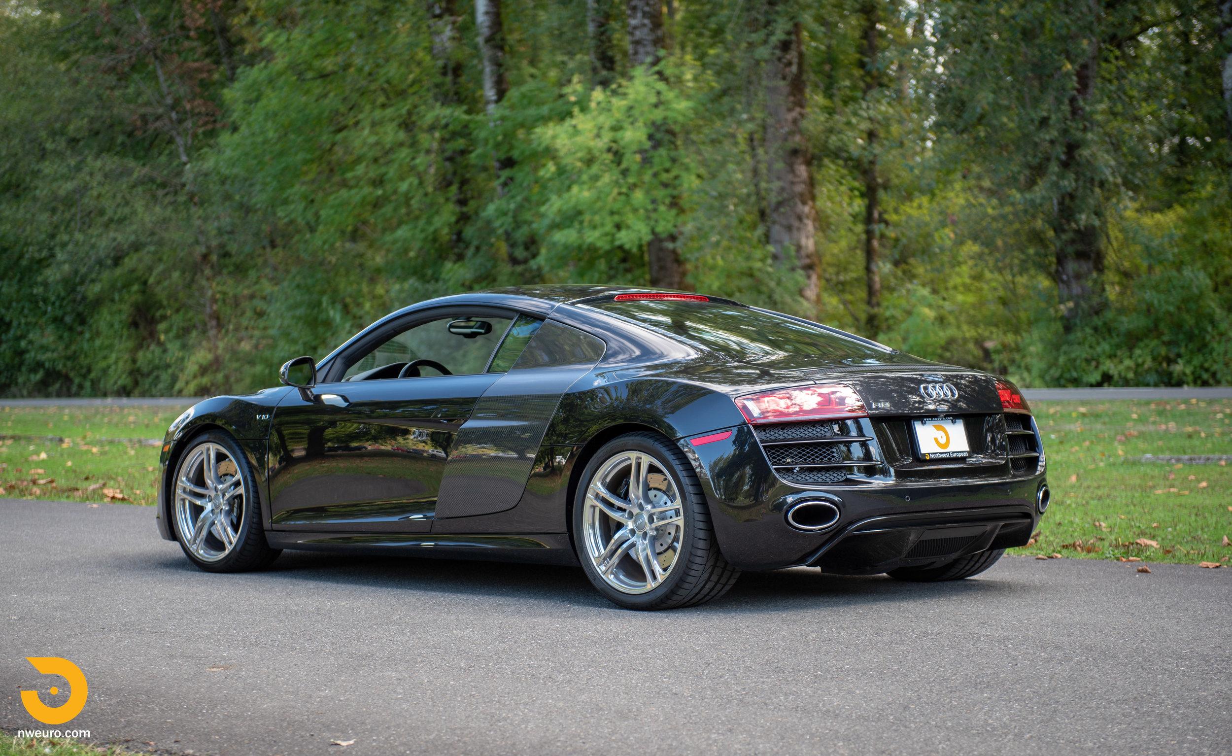 2010 Audi R8 V10-48.jpg