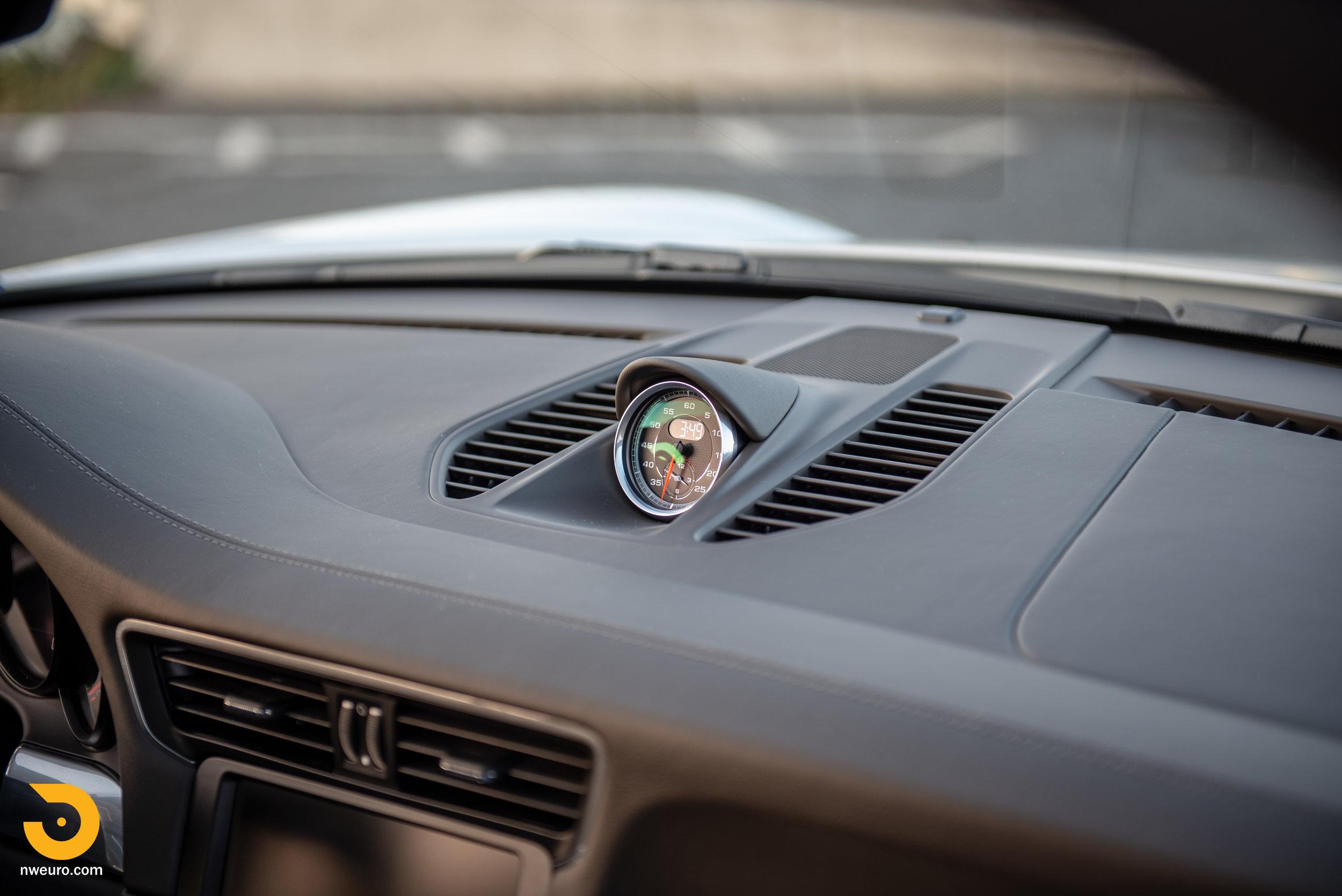 2012 Porsche Carrera S-4.jpg