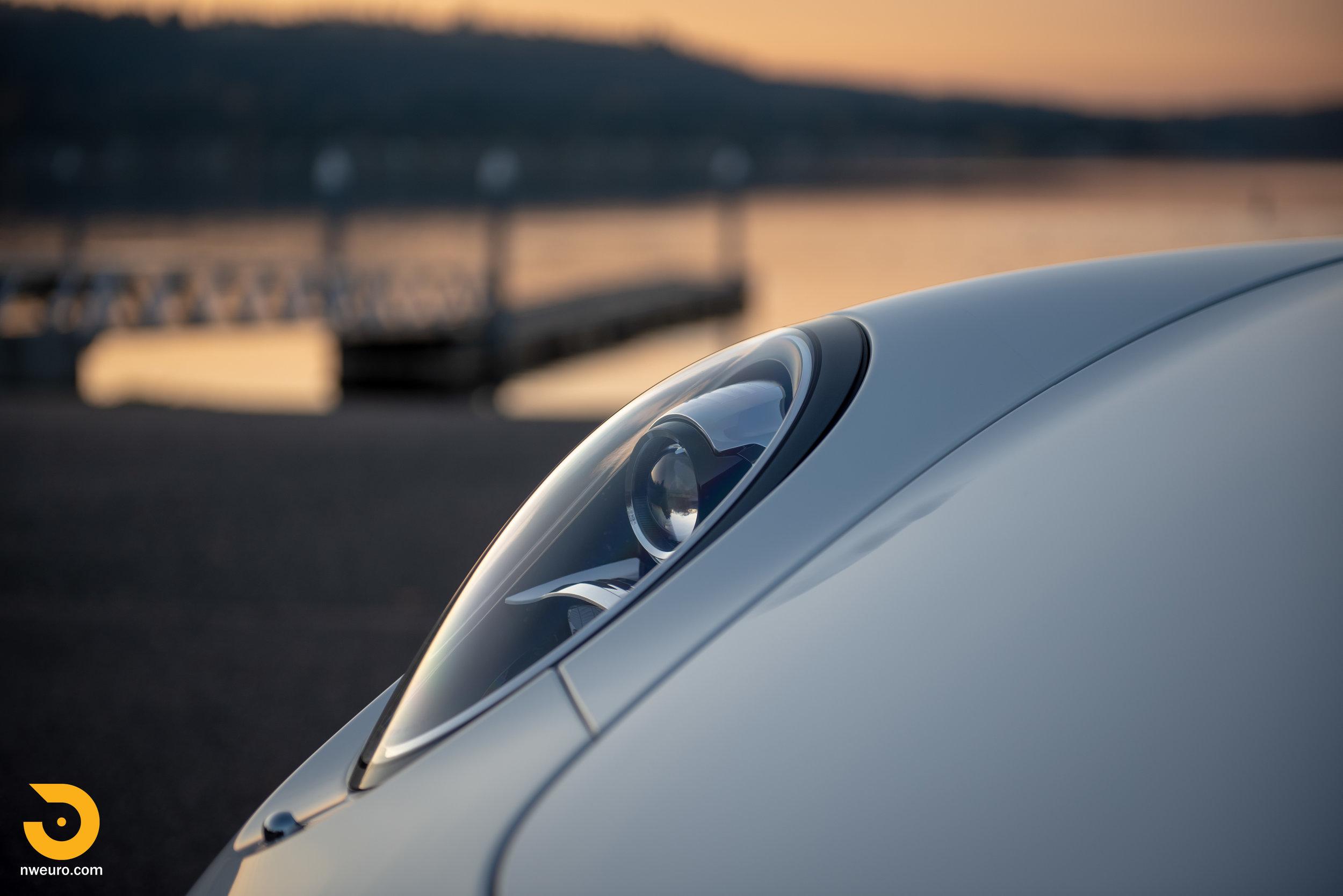 2012 Porsche Carrera S-10.jpg