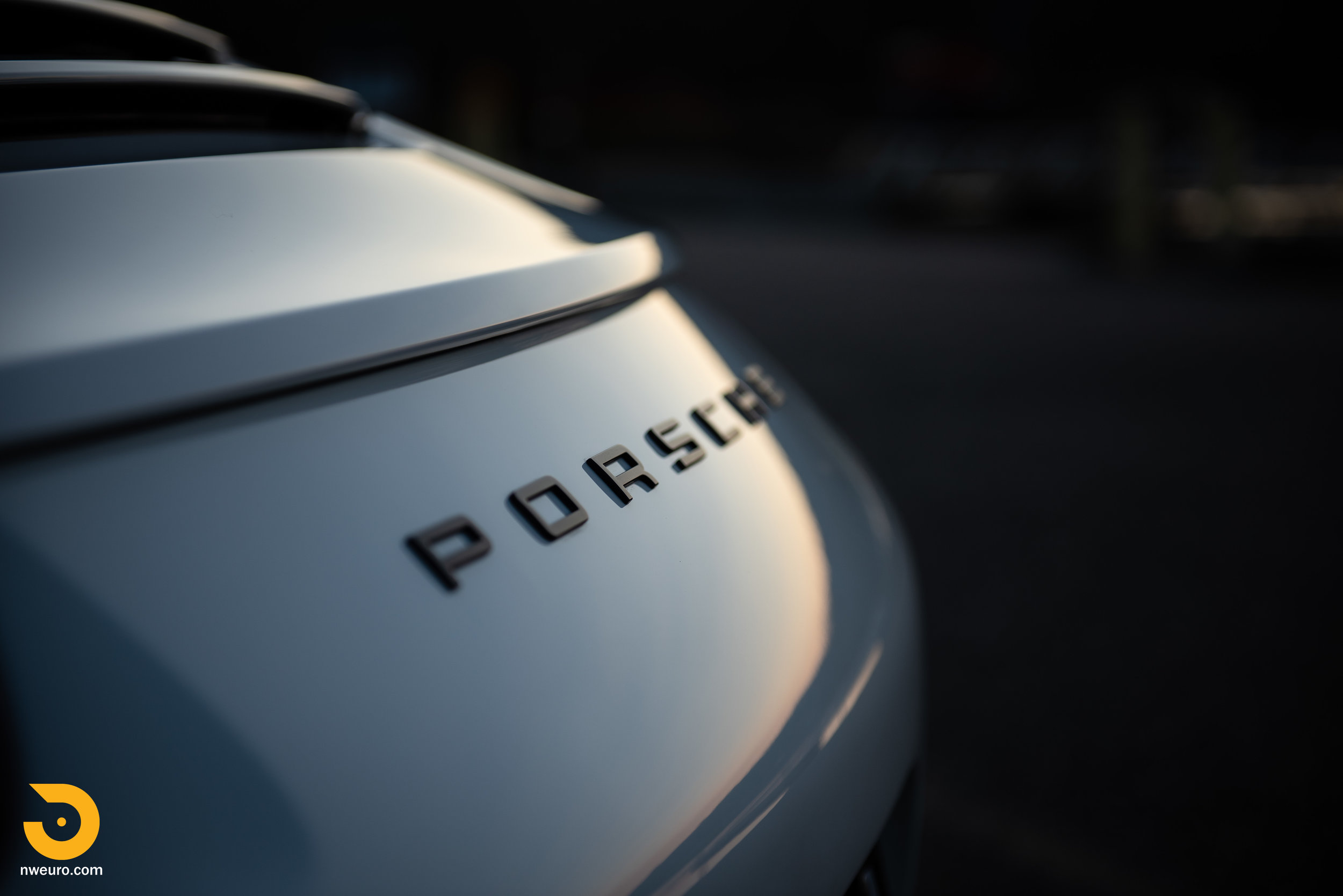 2012 Porsche Carrera S-15.jpg