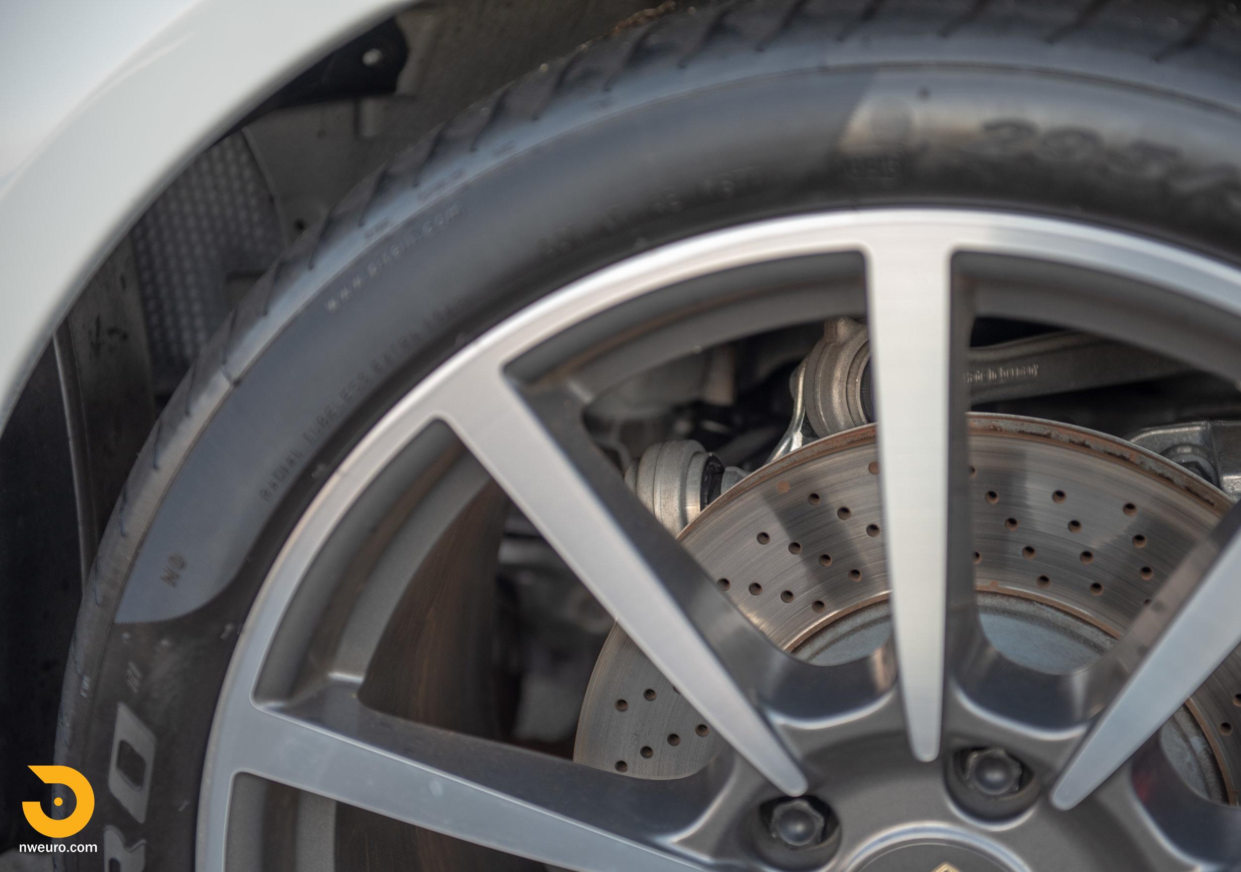 2012 Porsche Carrera S-23.jpg