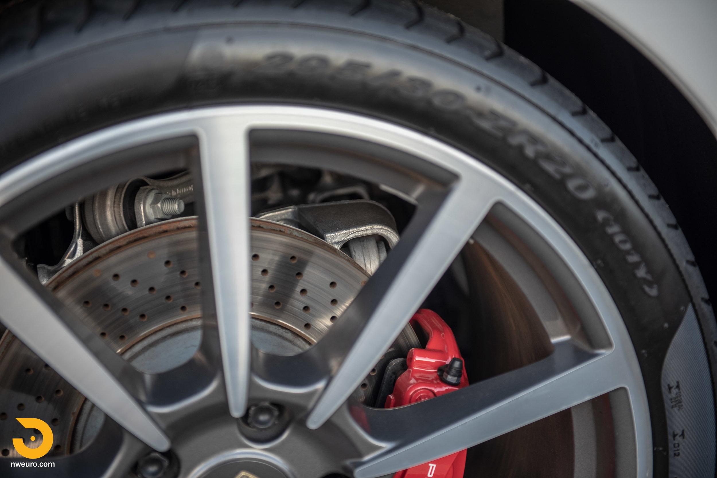2012 Porsche Carrera S-24.jpg