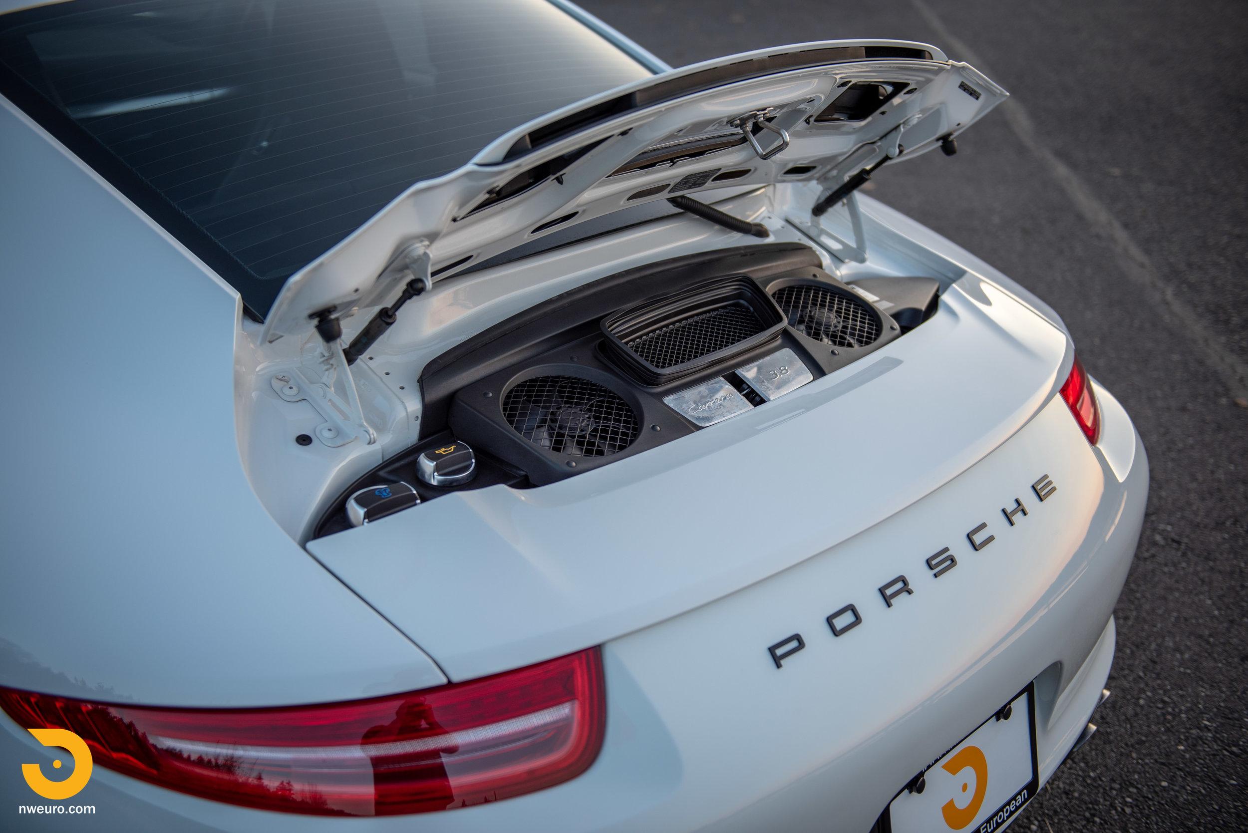 2012 Porsche Carrera S-27.jpg