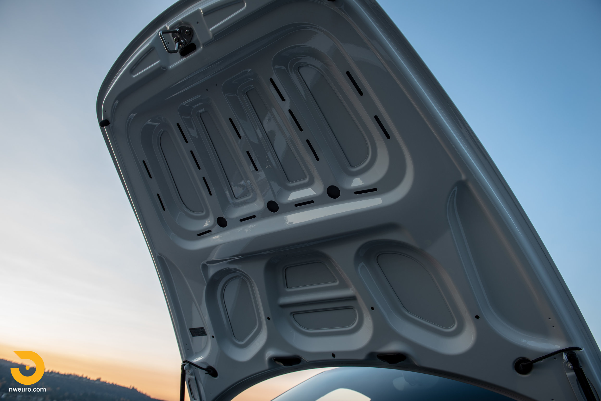 2012 Porsche Carrera S-30.jpg
