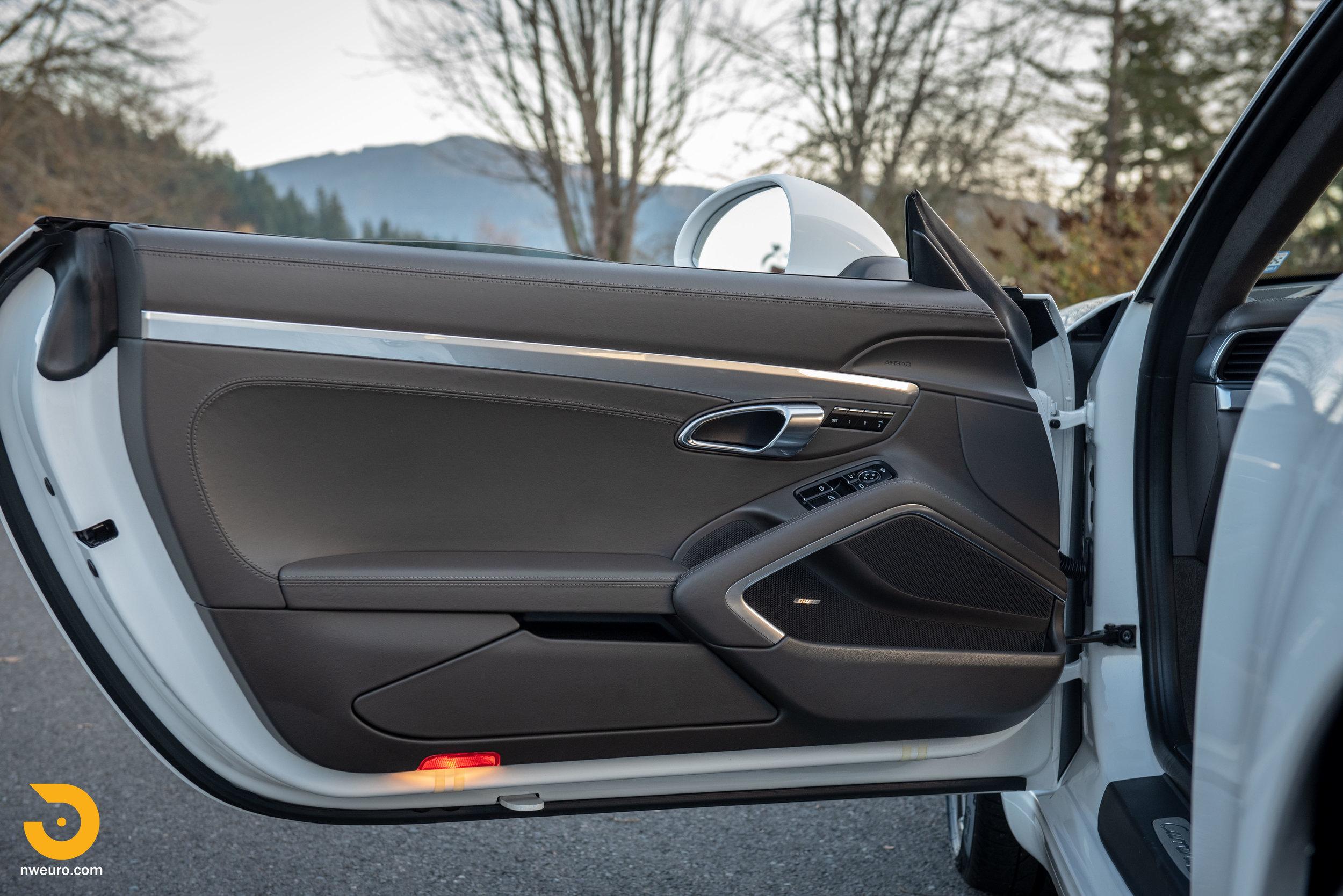 2012 Porsche Carrera S-44.jpg