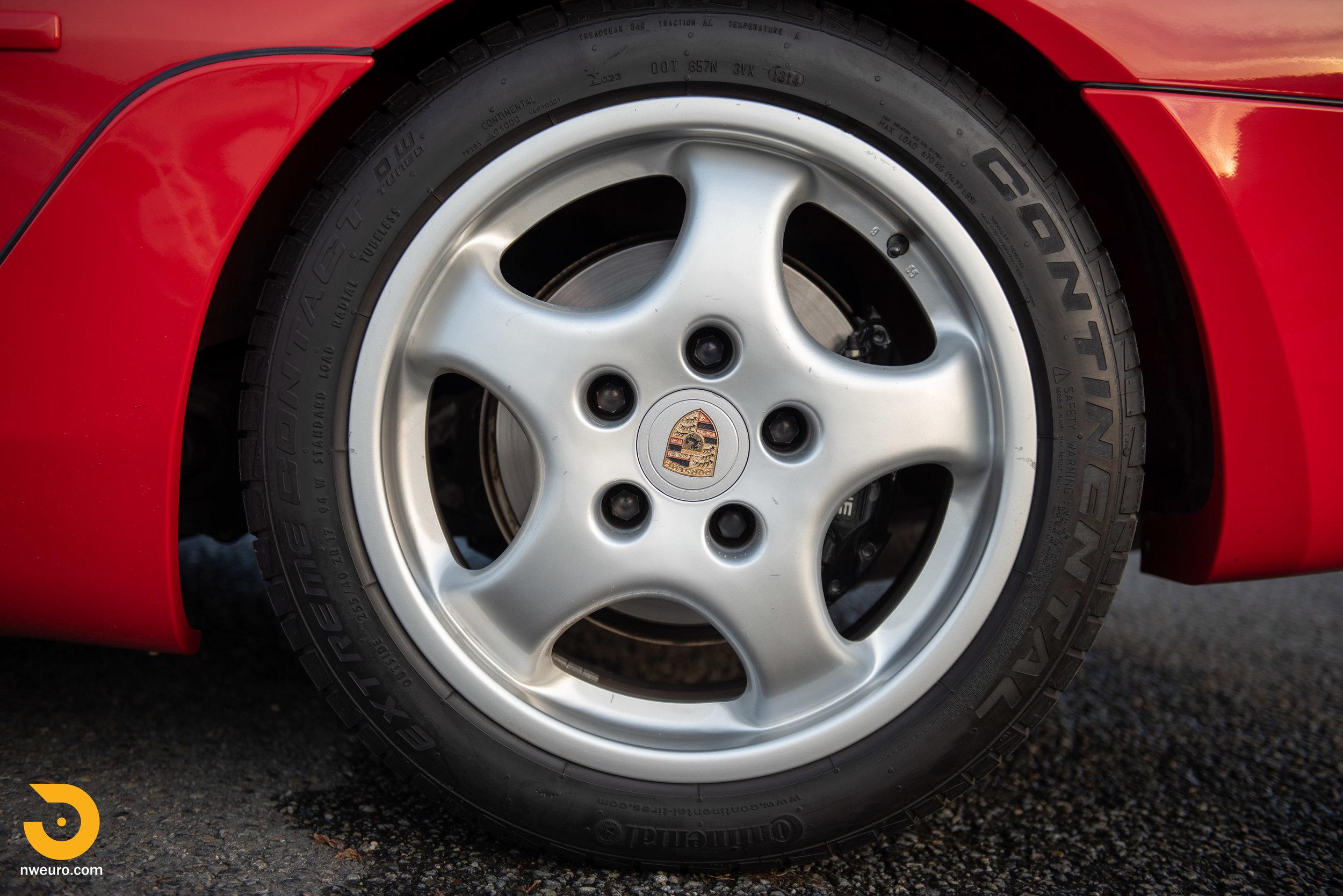 1992 Porsche 968-61.jpg