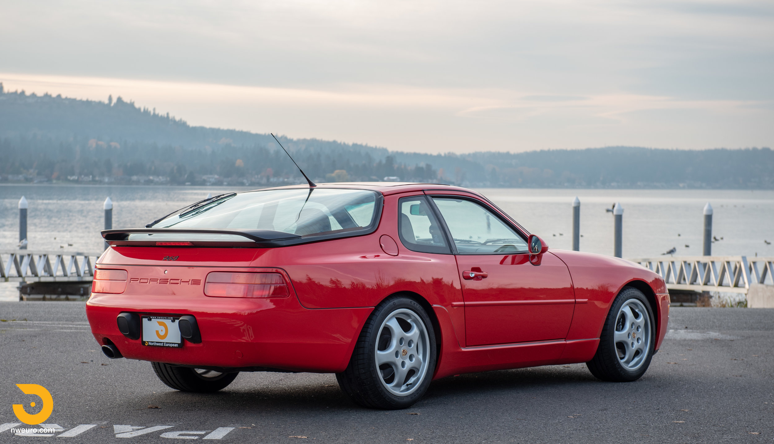 1992 Porsche 968-72.jpg
