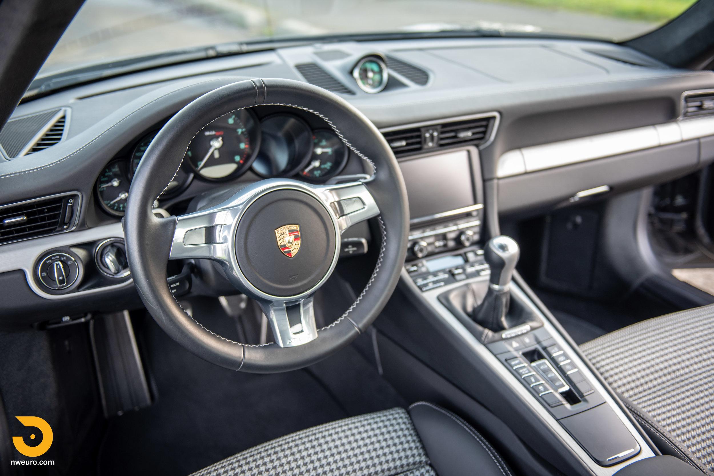 2014 Porsche 911 50th Anniversary Edition-8.jpg