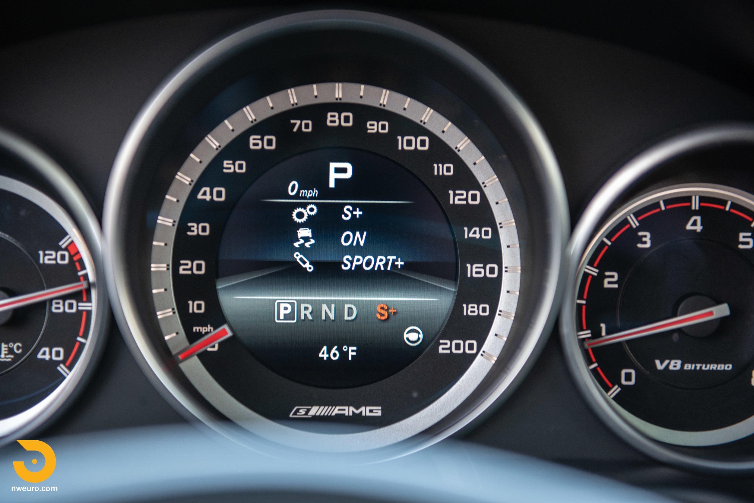 2016 Mercedes-Benz E63S Wagon-70.jpg