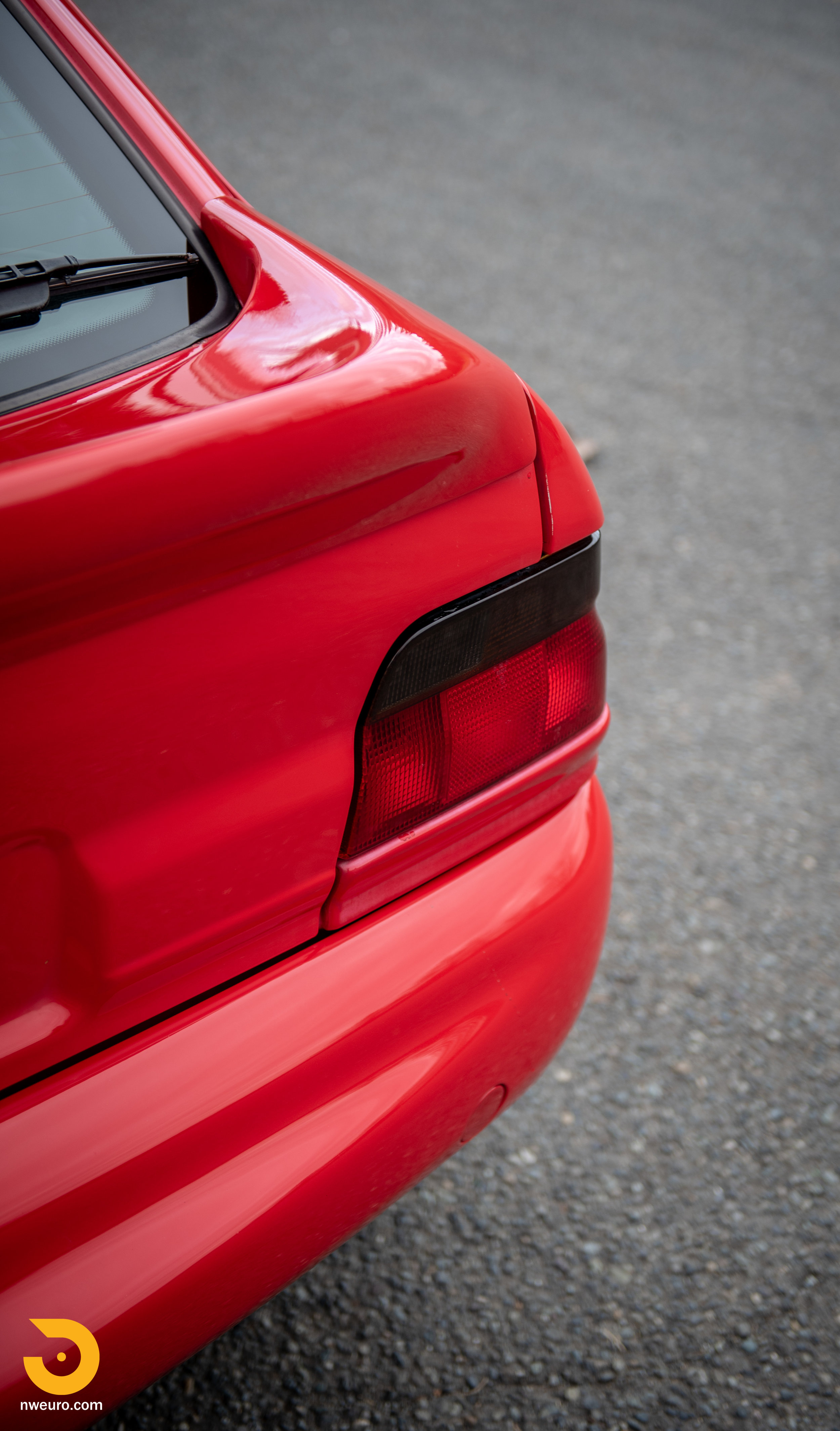 1993 Ford Escort Cosworth RS Red-5.jpg