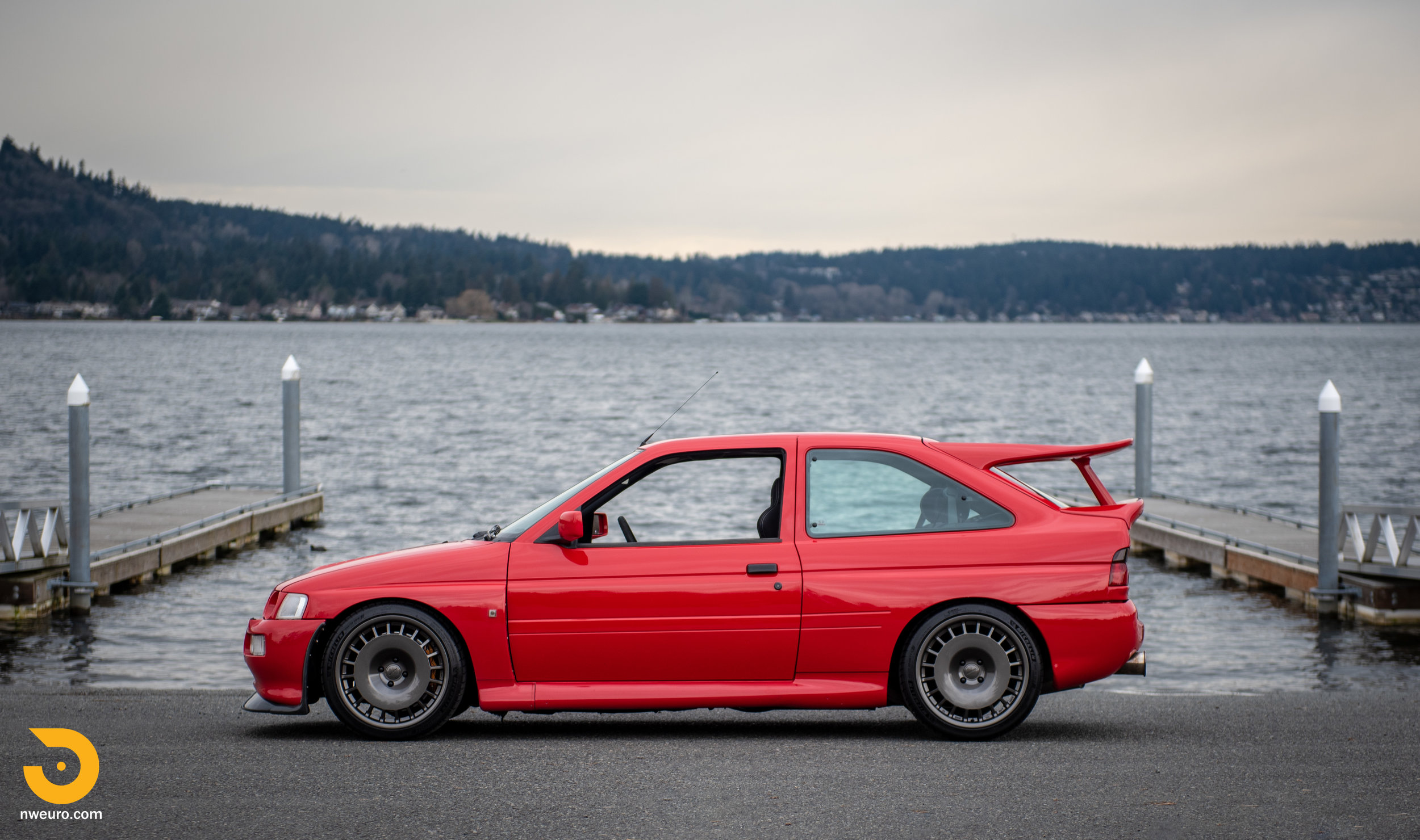 1993 Ford Escort Cosworth RS Red-15.jpg