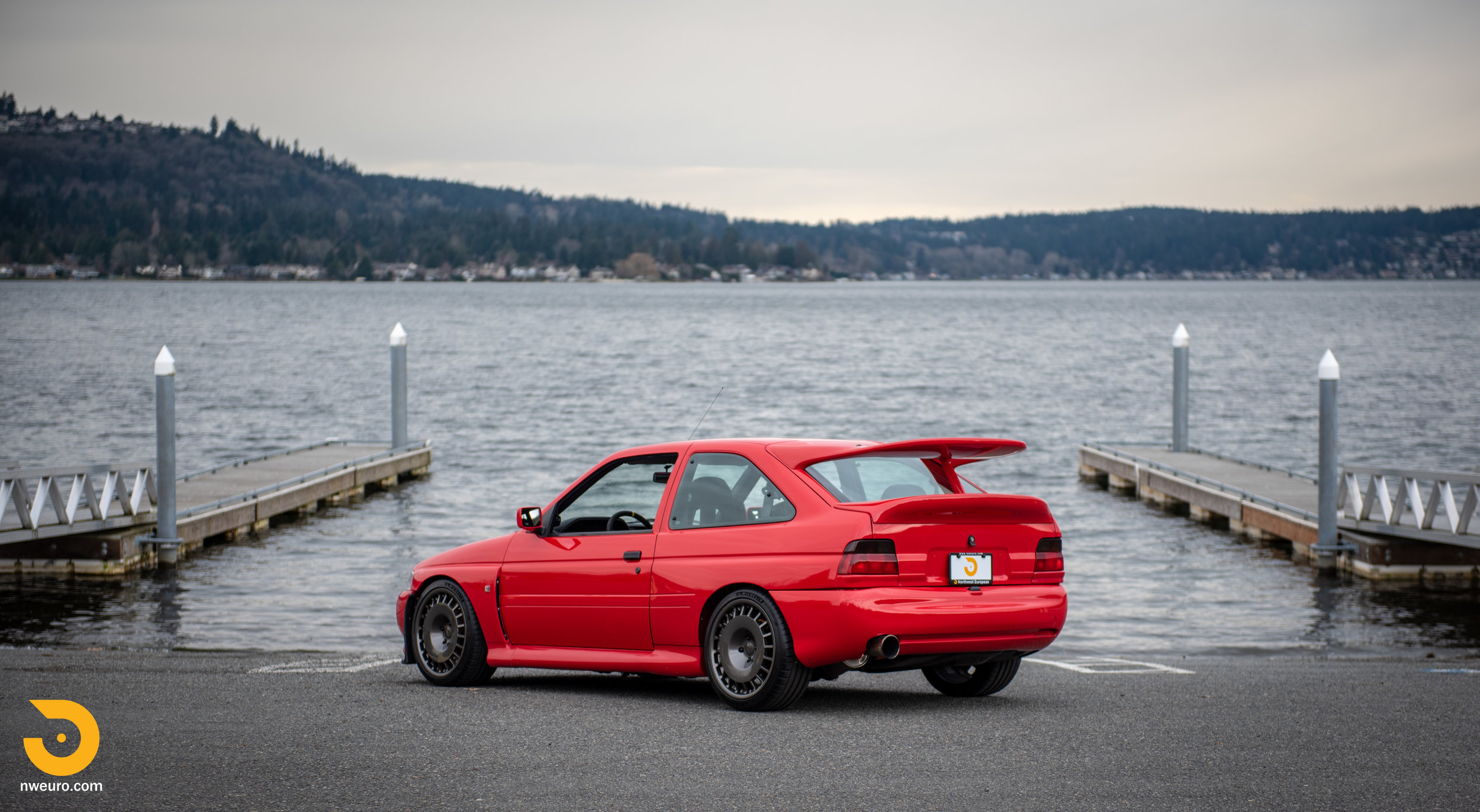 1993 Ford Escort Cosworth RS Red-17.jpg