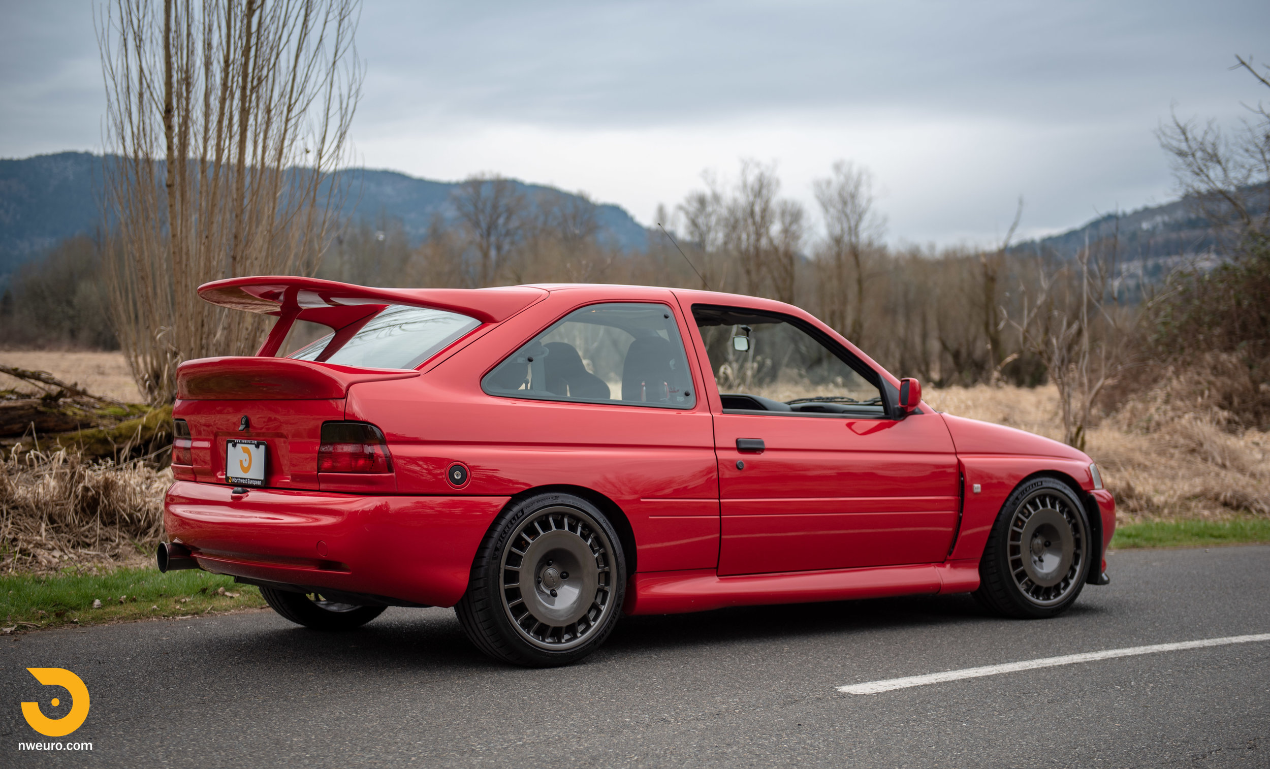 1993 Ford Escort Cosworth RS Red-95.jpg