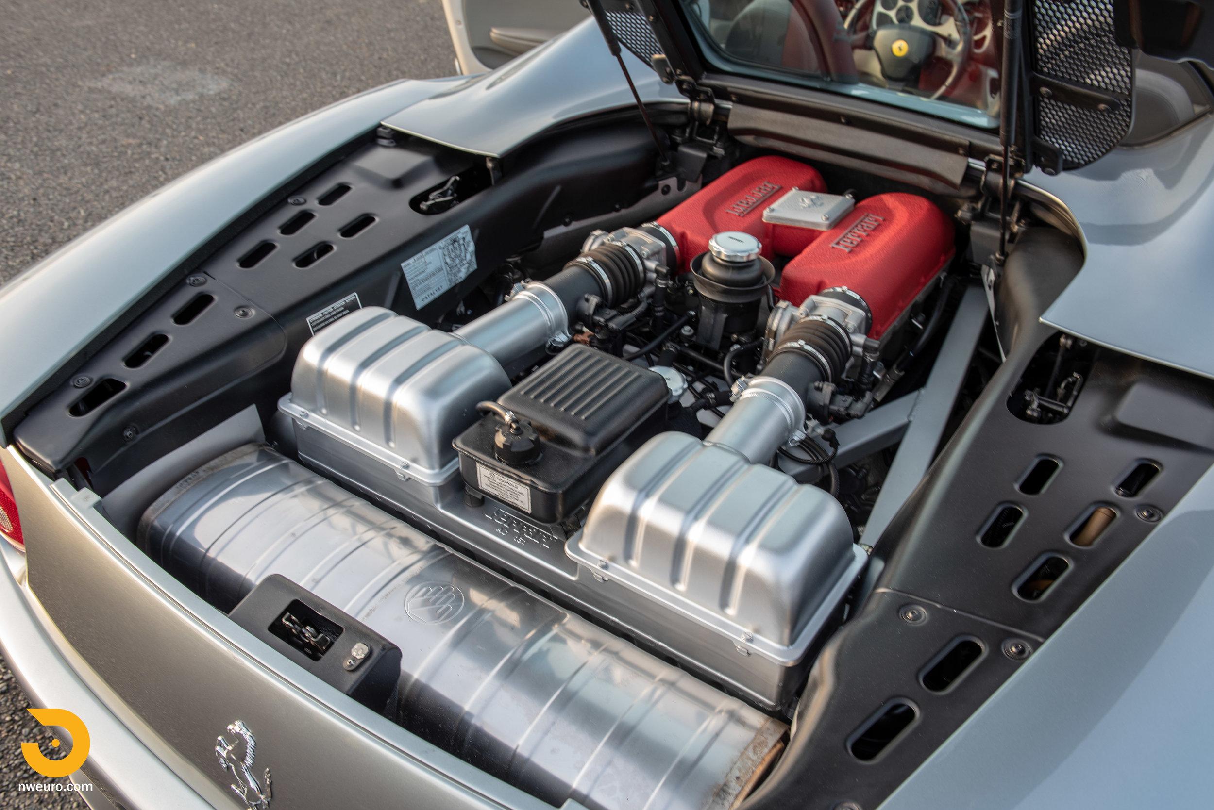 2001 Ferrari 360 Spider-29.jpg