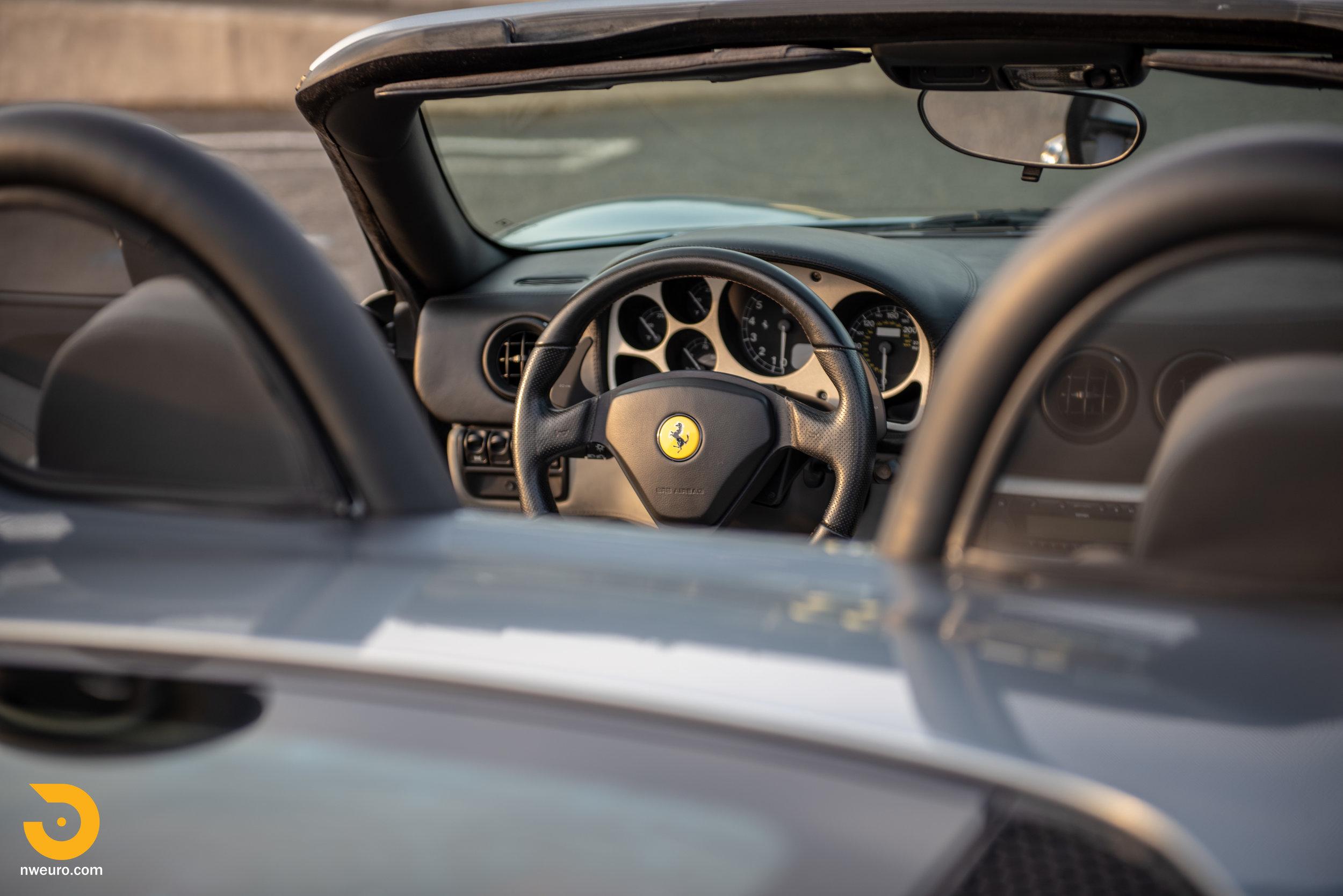 2001 Ferrari 360 Spider-44.jpg